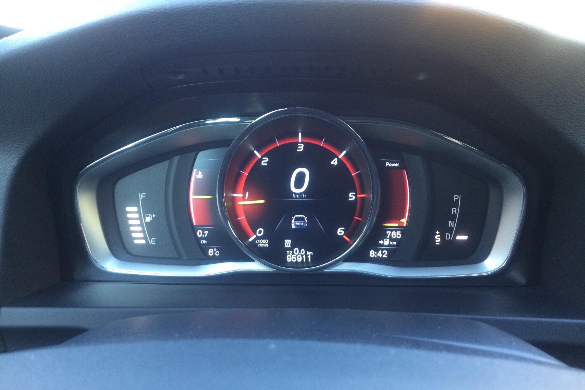 Volvo S60 D4 (190hk) - 95 910 km - Automatic - black - 2016