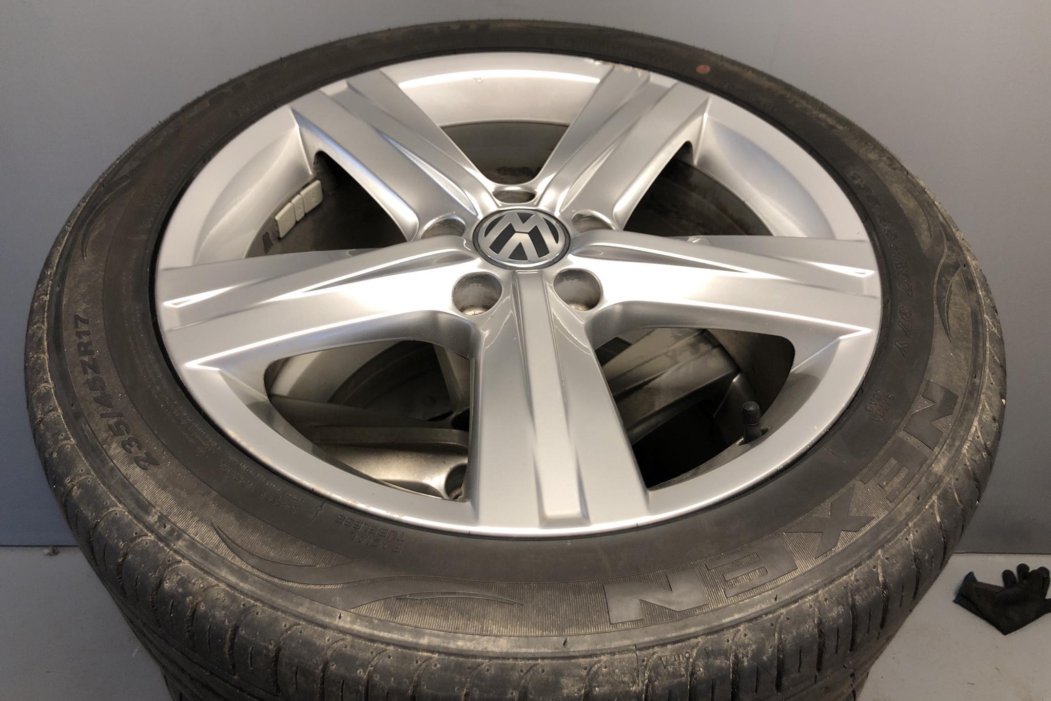 VW Passat 1.4 TSI EcoFuel Variant (150hk) - 192 350 km - Manual - white - 2013