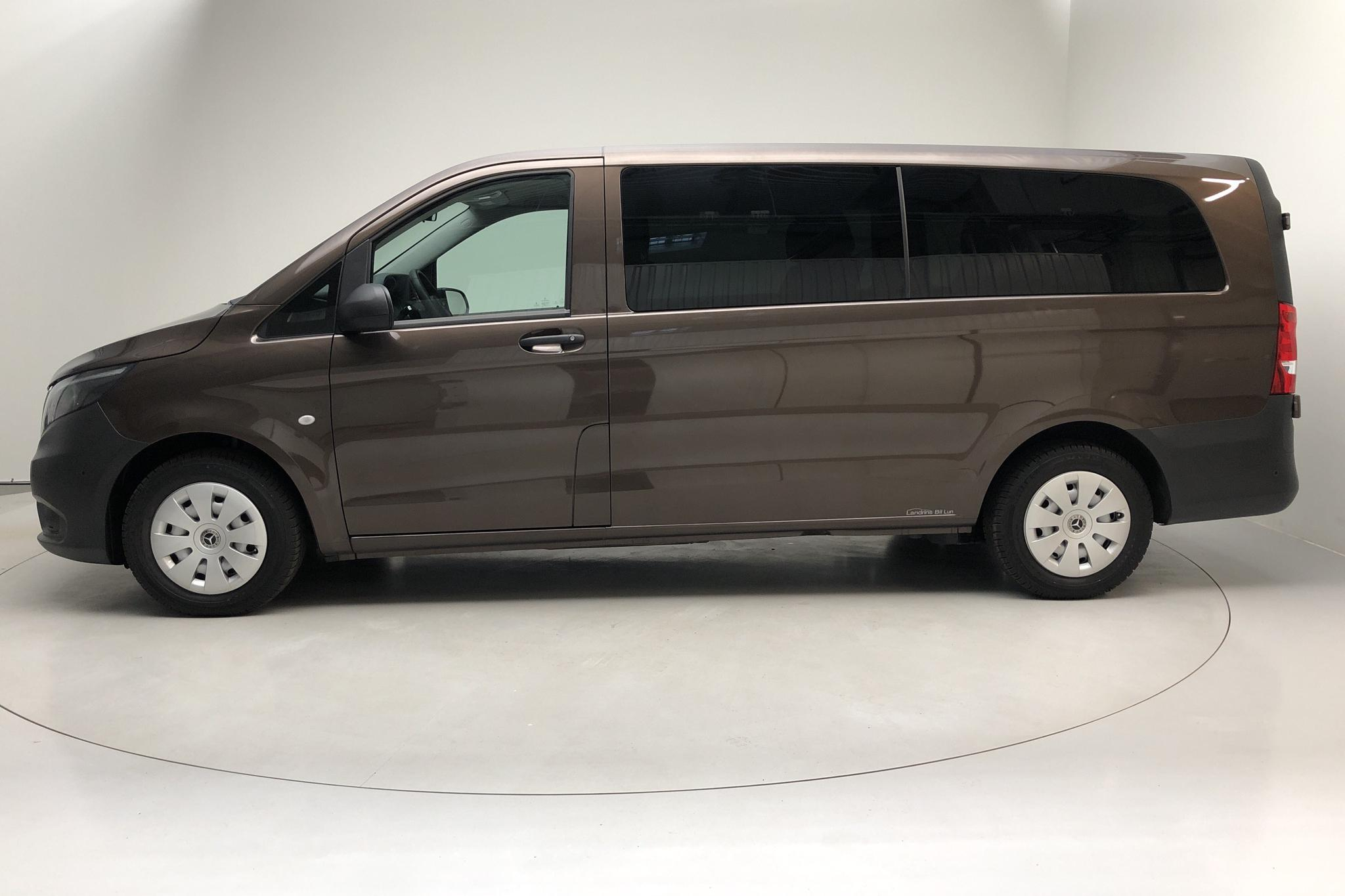 Mercedes Vito Tourer 116 CDI W640 (163hk) - 25 560 km - Automatic - Dark Brown - 2019