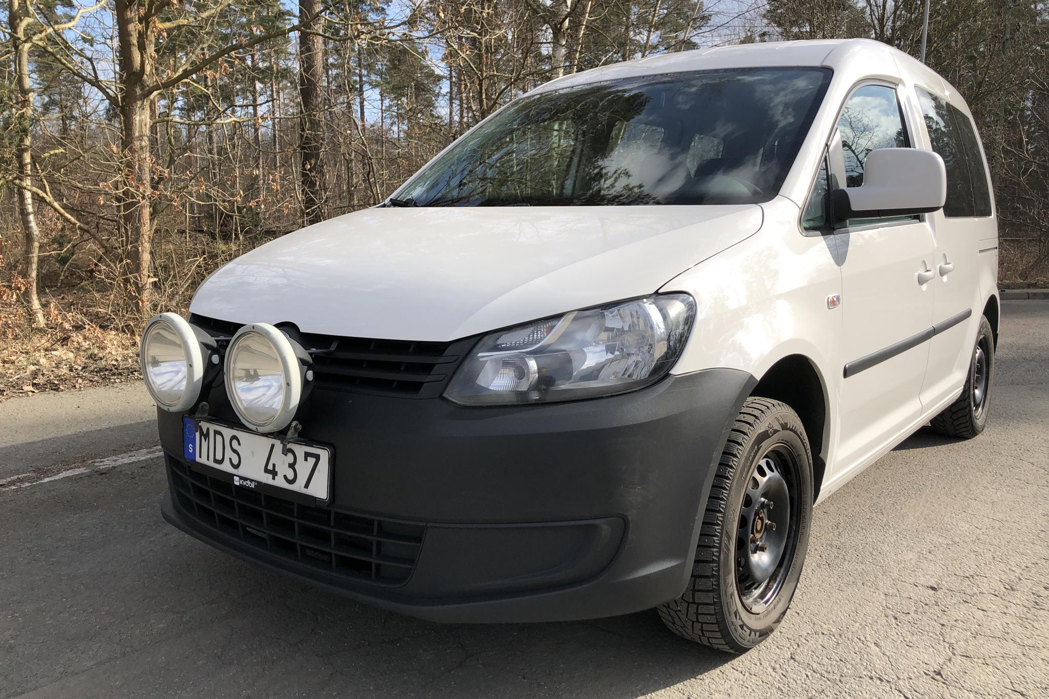 VW Caddy MPV 1.6 TDI (102hk) - 221 690 km - Manual - white - 2012