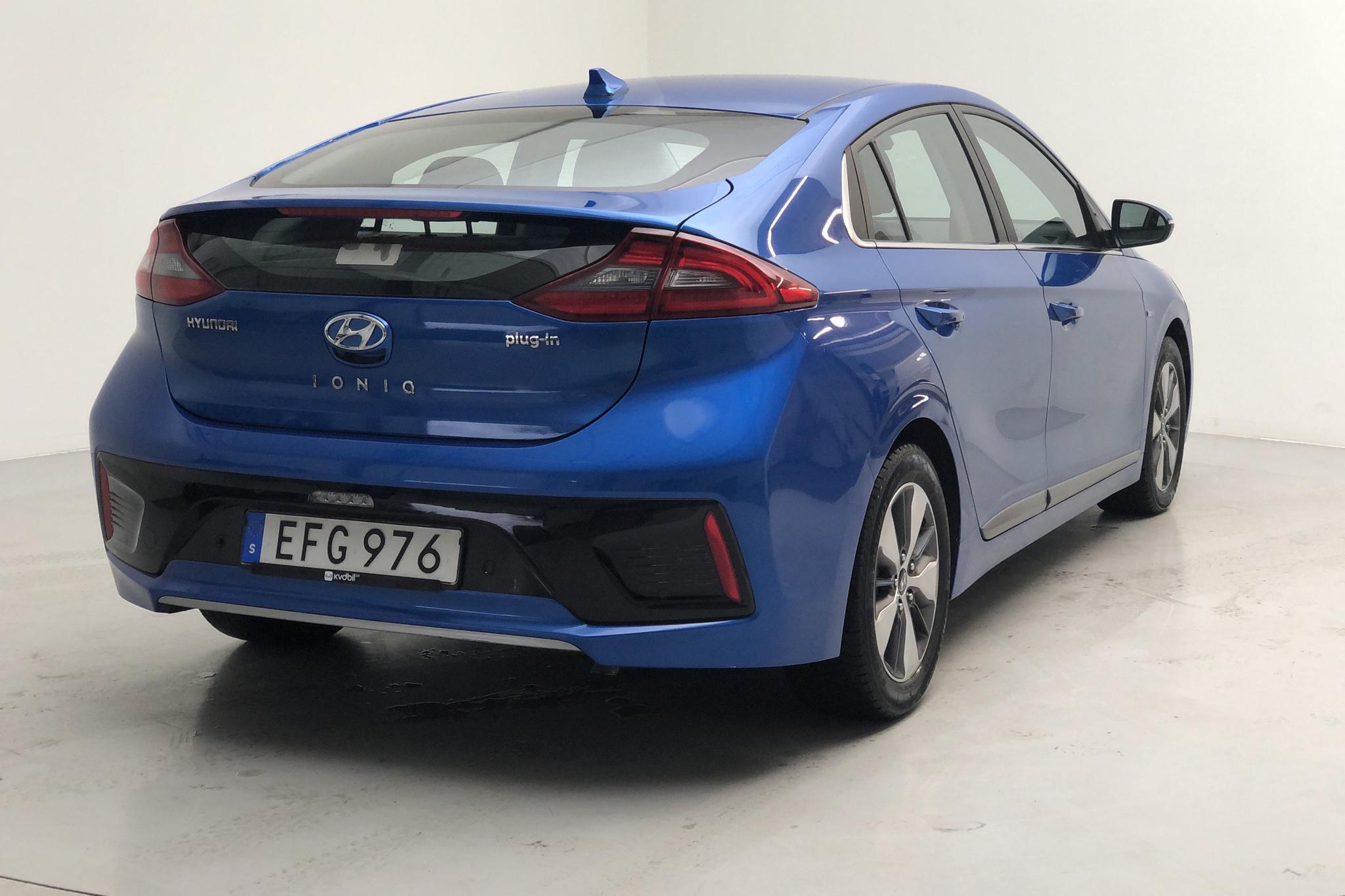 Hyundai IONIQ Plug-in (141hk) - 80 610 km - Automatic - Dark Blue - 2017