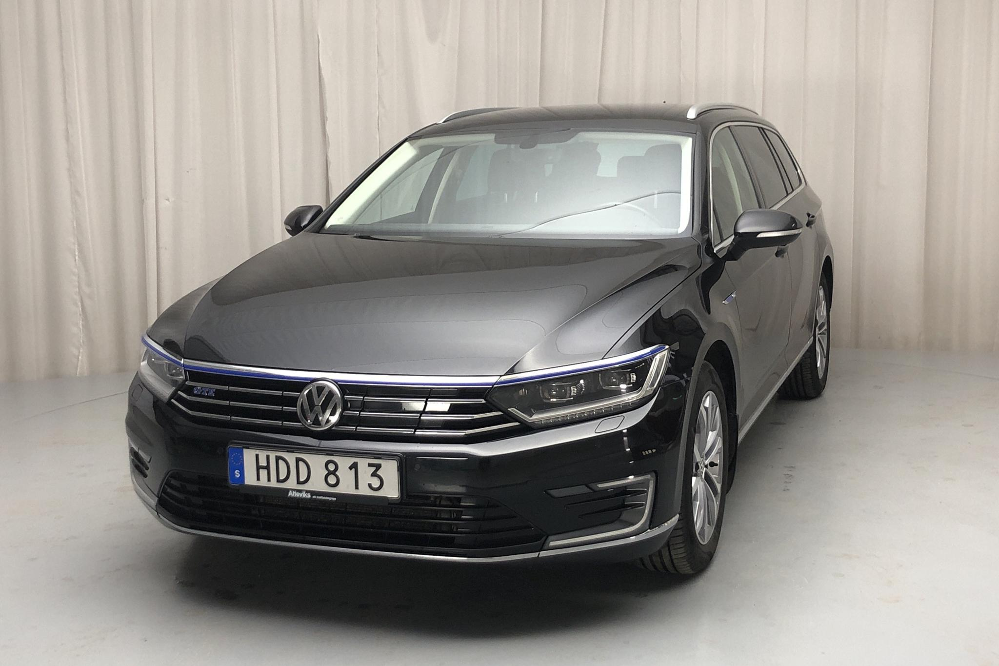 VW Passat 1.4 Plug-in-Hybrid Sportscombi (218hk) - 173 010 km - Automatic - black - 2017