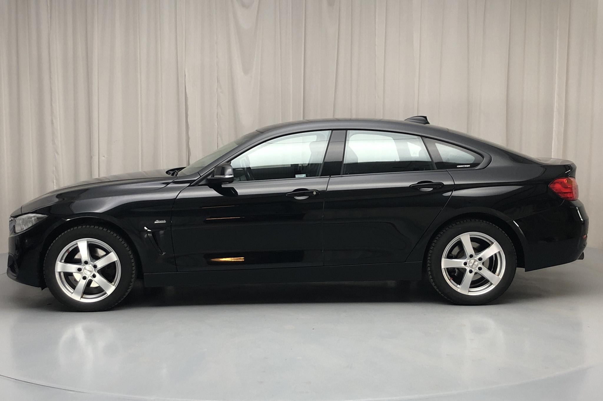 BMW 420i xDrive Gran Coupé, F36 (184hk) - 8 935 mil - Manuell - svart - 2017
