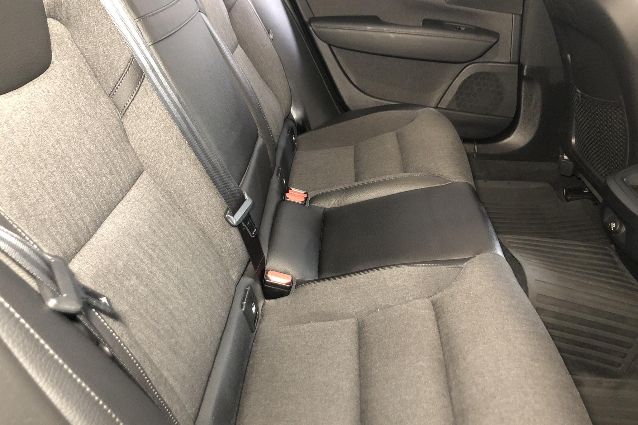Volvo V90 D3 (150hk) - 6 232 mil - Automat - svart - 2018