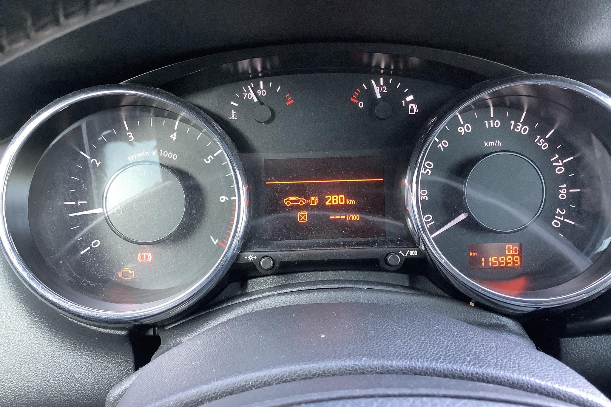 Peugeot 3008 1.6 Turbo (156hk) - 116 000 km - Manual - white - 2010