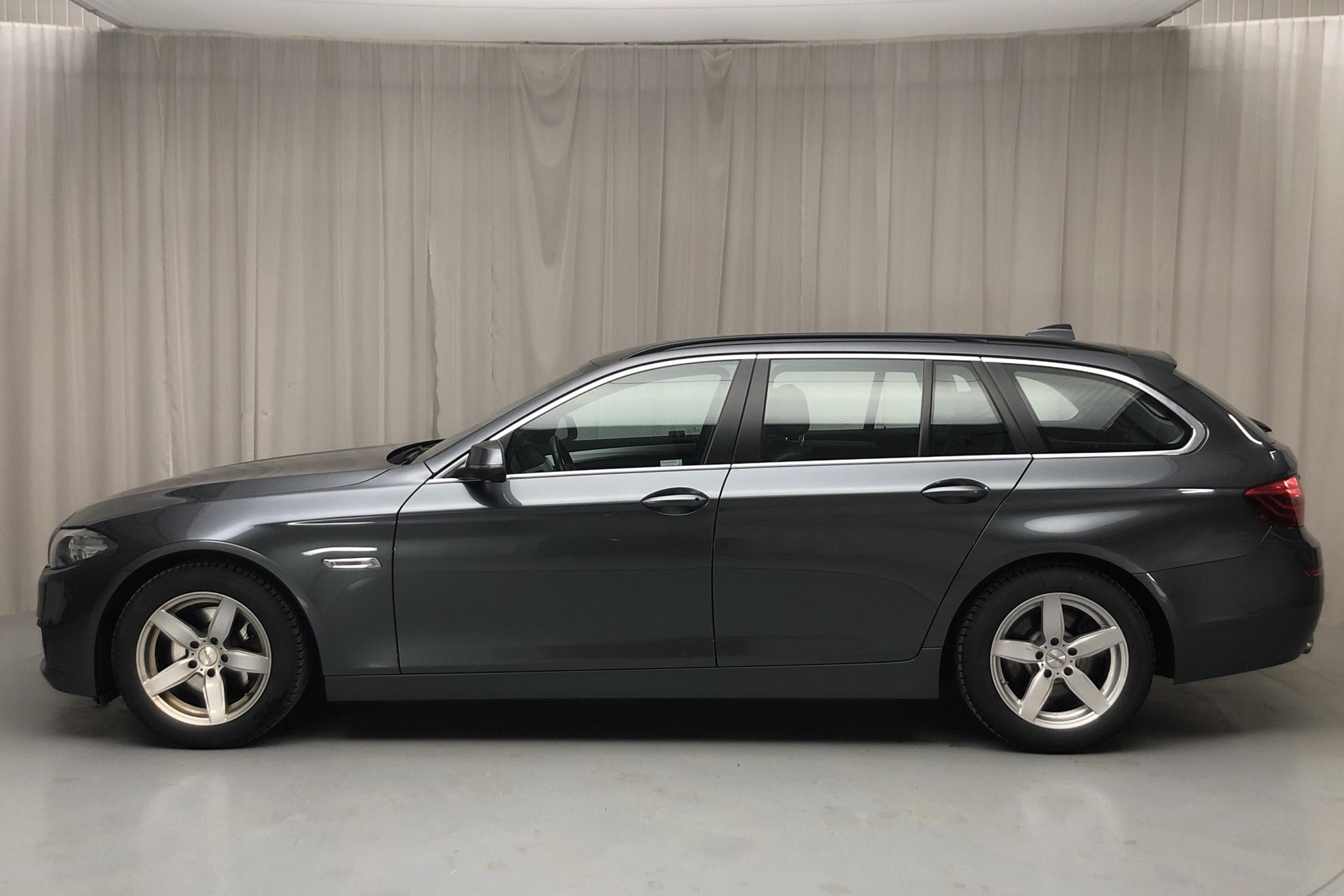 BMW 520d xDrive Touring, F11 (190hk) - 6 078 mil - Automat - grå - 2017
