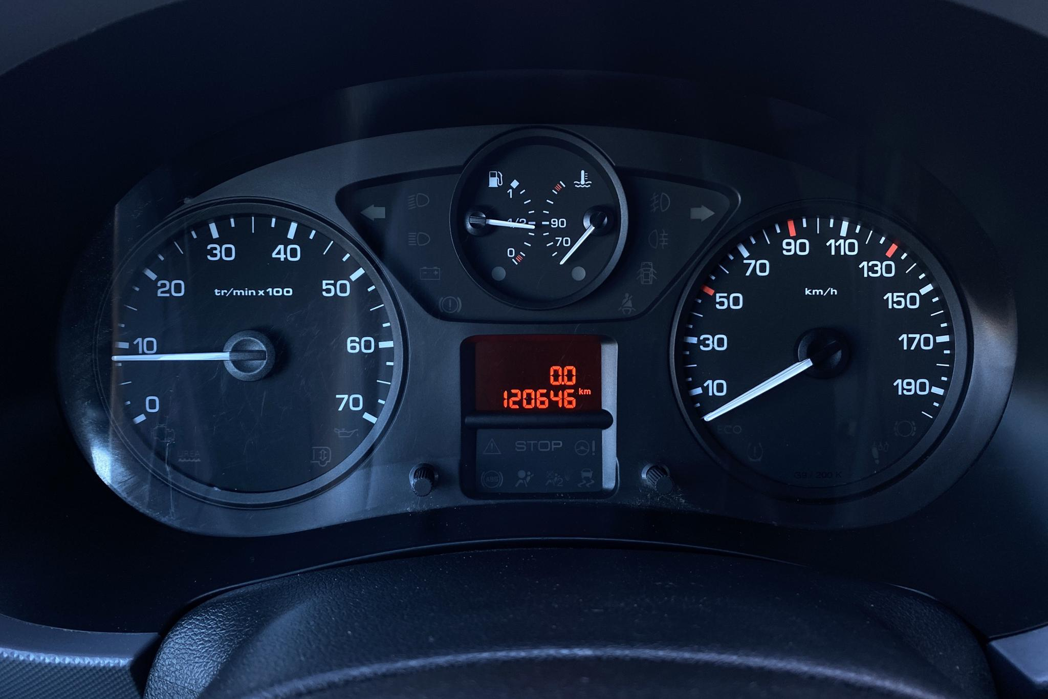 Citroen Berlingo 1.6 BlueHDi Skåp (100hk) - 120 640 km - Manual - black - 2015