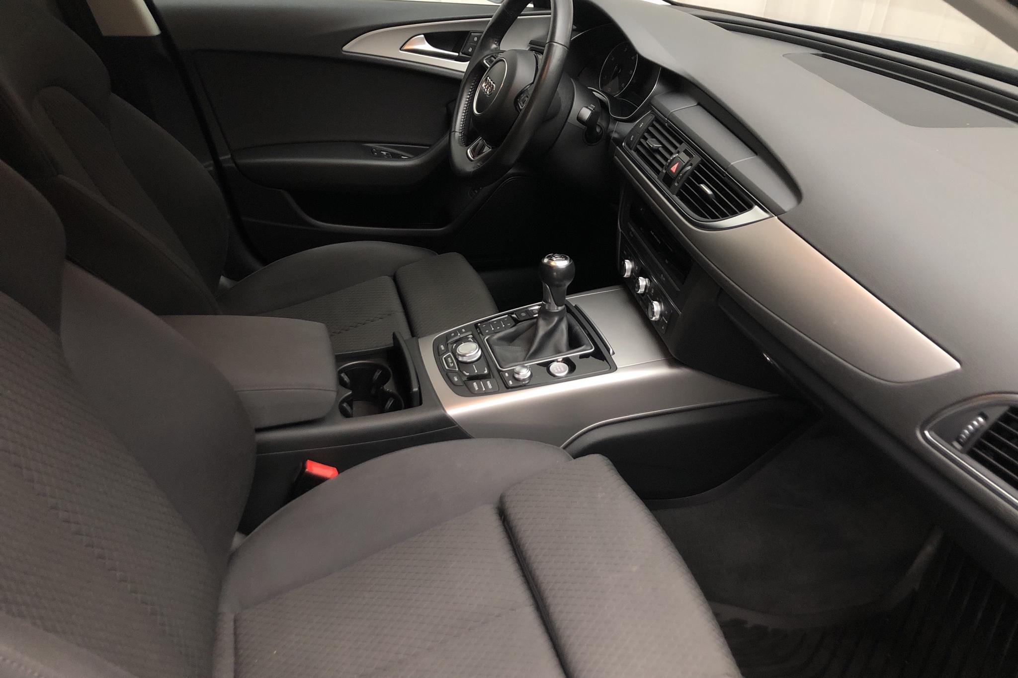 Audi A6 2.0 TDI Avant (177hk) - 166 000 km - Manual - gray - 2012
