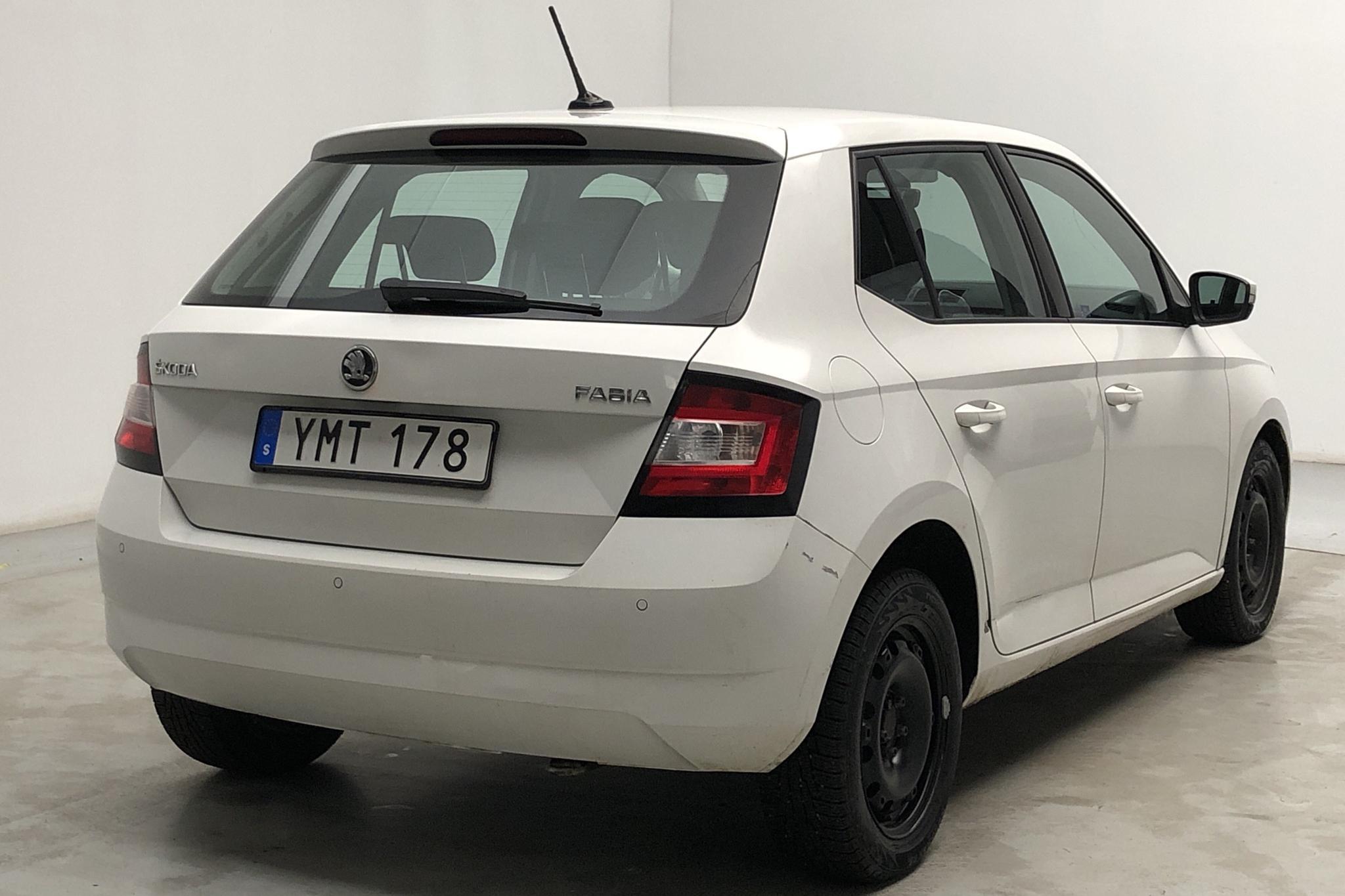Skoda Fabia 1.0 TSI (110hk) - 222 860 km - Automatic - white - 2018