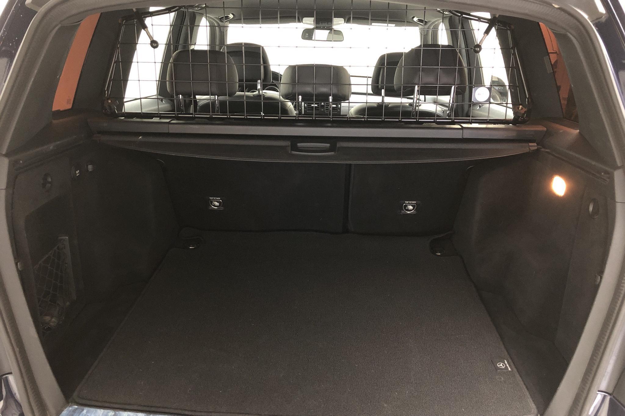 Mercedes GLK 220 CDI BlueEFFICIENCY 4MATIC (170hk) - 22 666 mil - Automat - Dark Blue - 2012