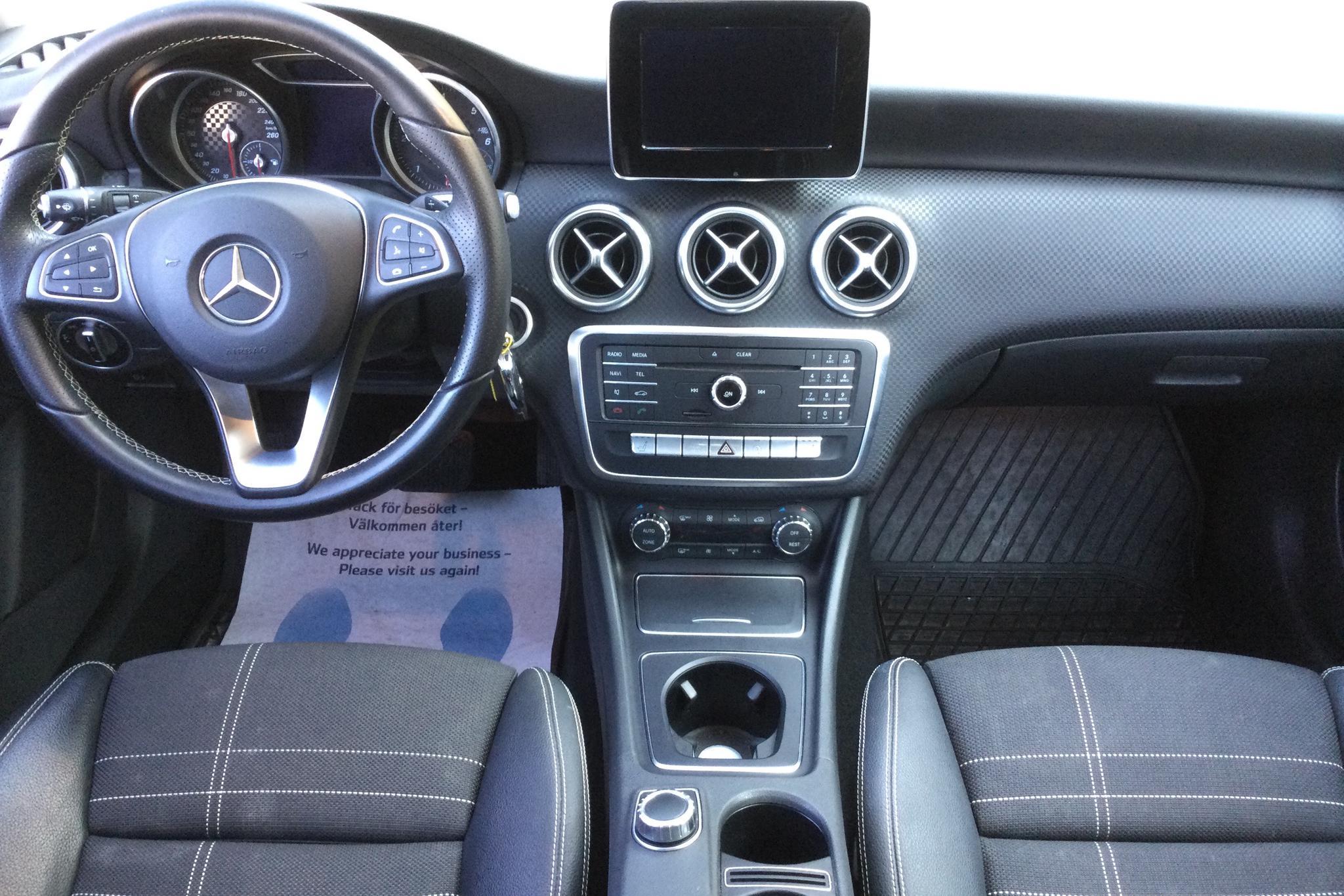 Mercedes A 200 d 4MATIC 5dr W176 (136hk) - 63 580 km - Automatic - Dark Grey - 2016