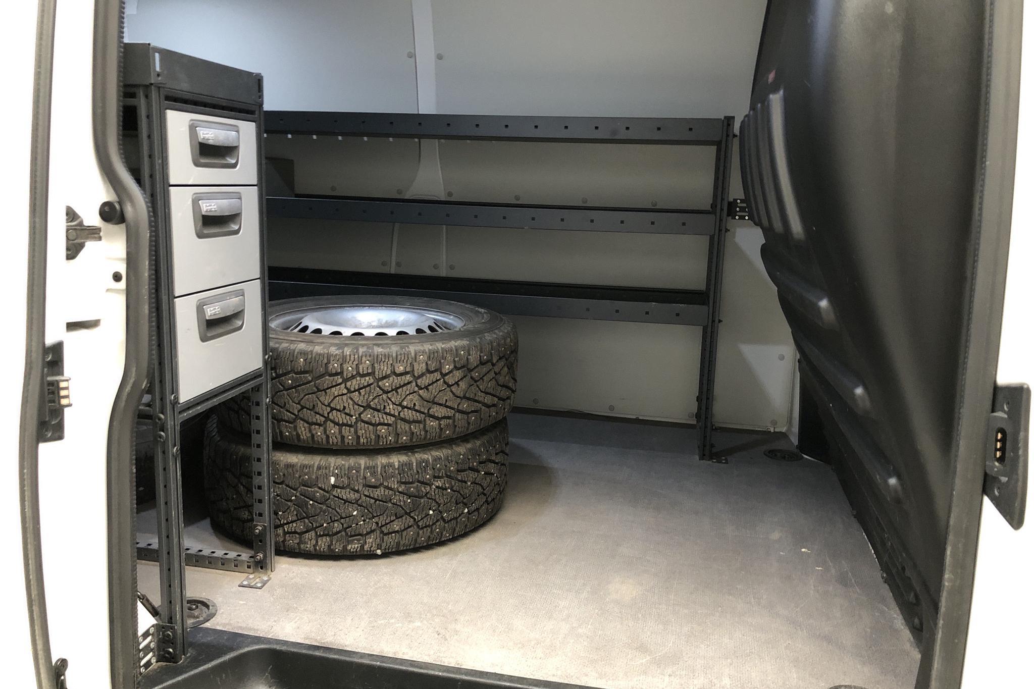 VW Transporter T6 2.0 TDI BMT Skåp (150hk) - 12 860 km - Manual - white - 2018