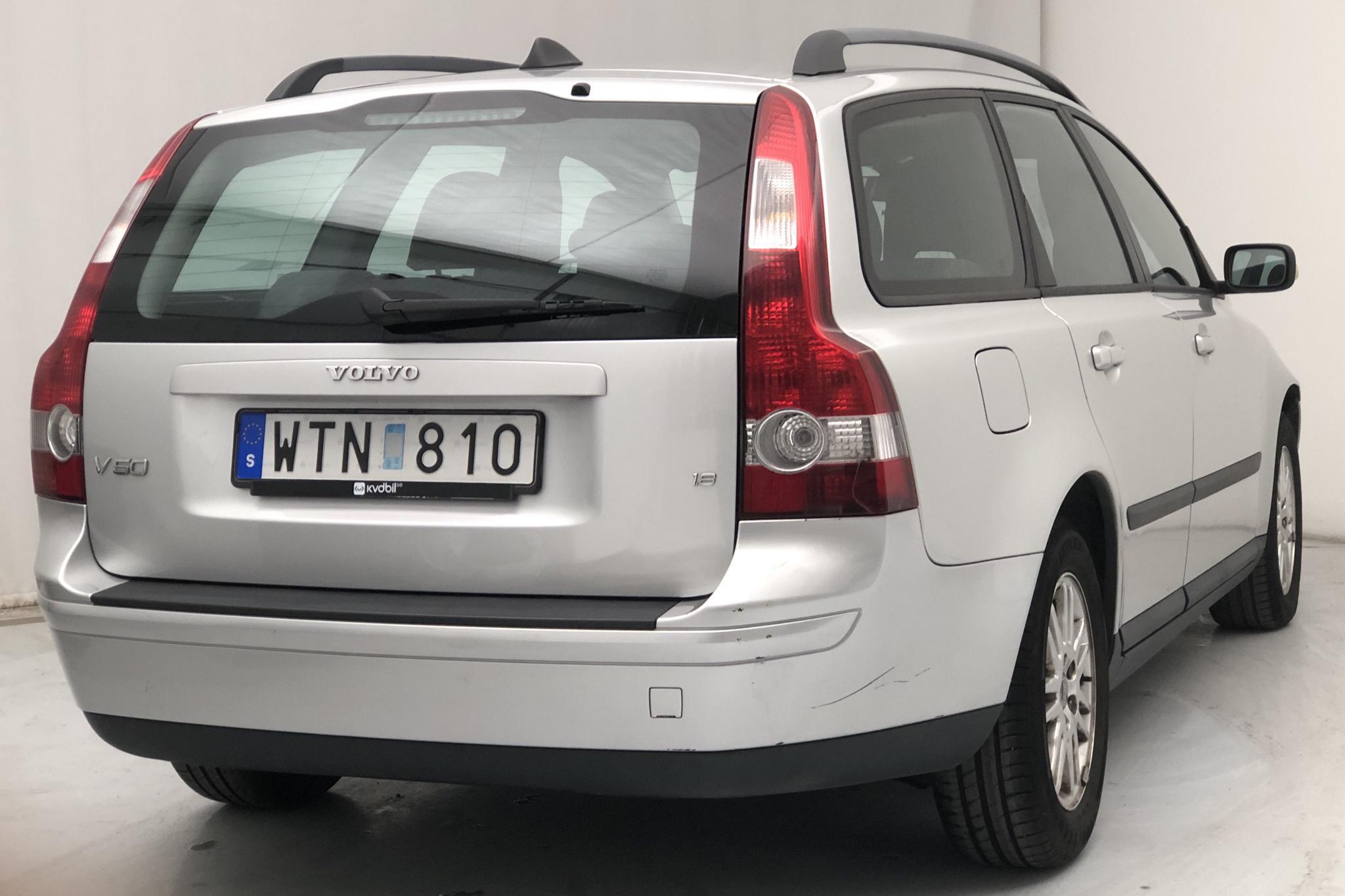Volvo V50 1.8 (125hk) - 102 140 km - Manual - Light Grey - 2005