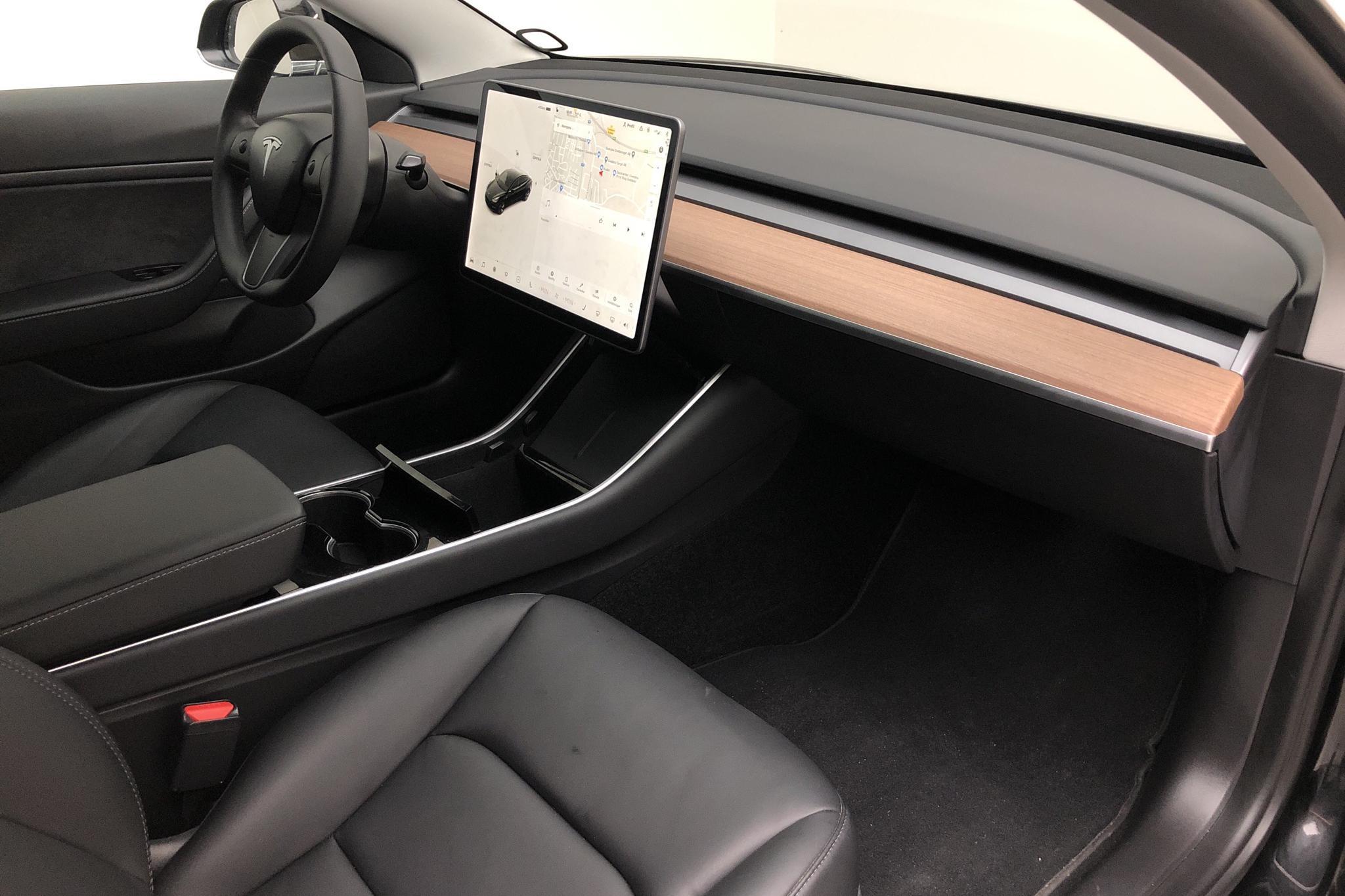 Tesla Model 3 Long Range AWD - 10 120 km - Automatic - black - 2020