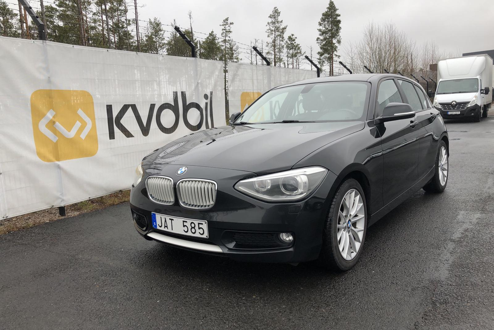BMW 118d 5dr, F20 (143hk) - 189 210 km - Automatic - black - 2012