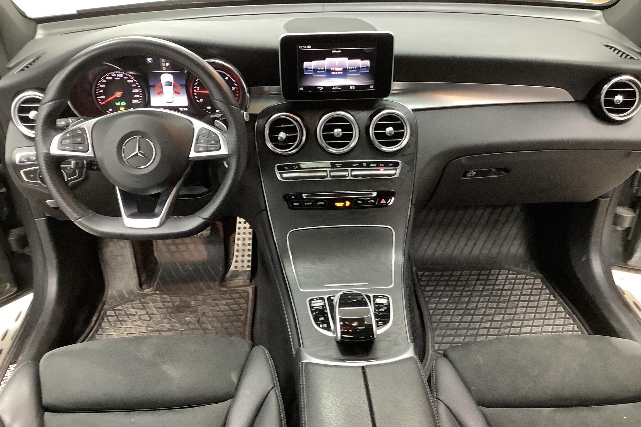 Mercedes GLC 220 d 4MATIC X253 (170hk) - 49 010 km - Automatic - gray - 2018