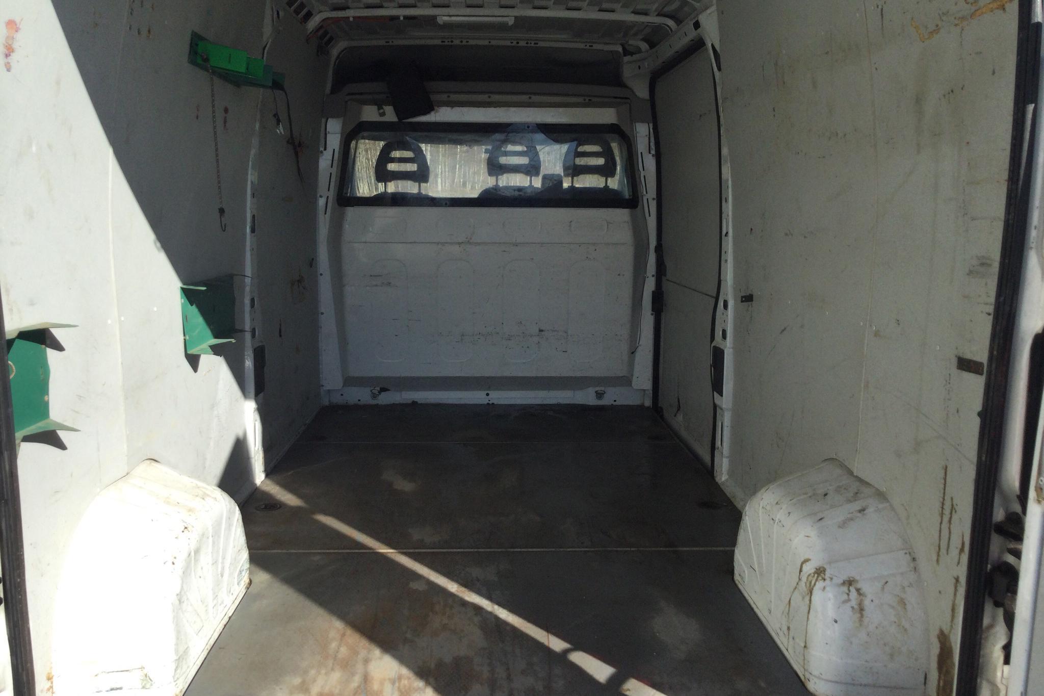 Peugeot Boxer 2.2 HDI Skåp (120hk) - 28 829 mil - Manuell - vit - 2011