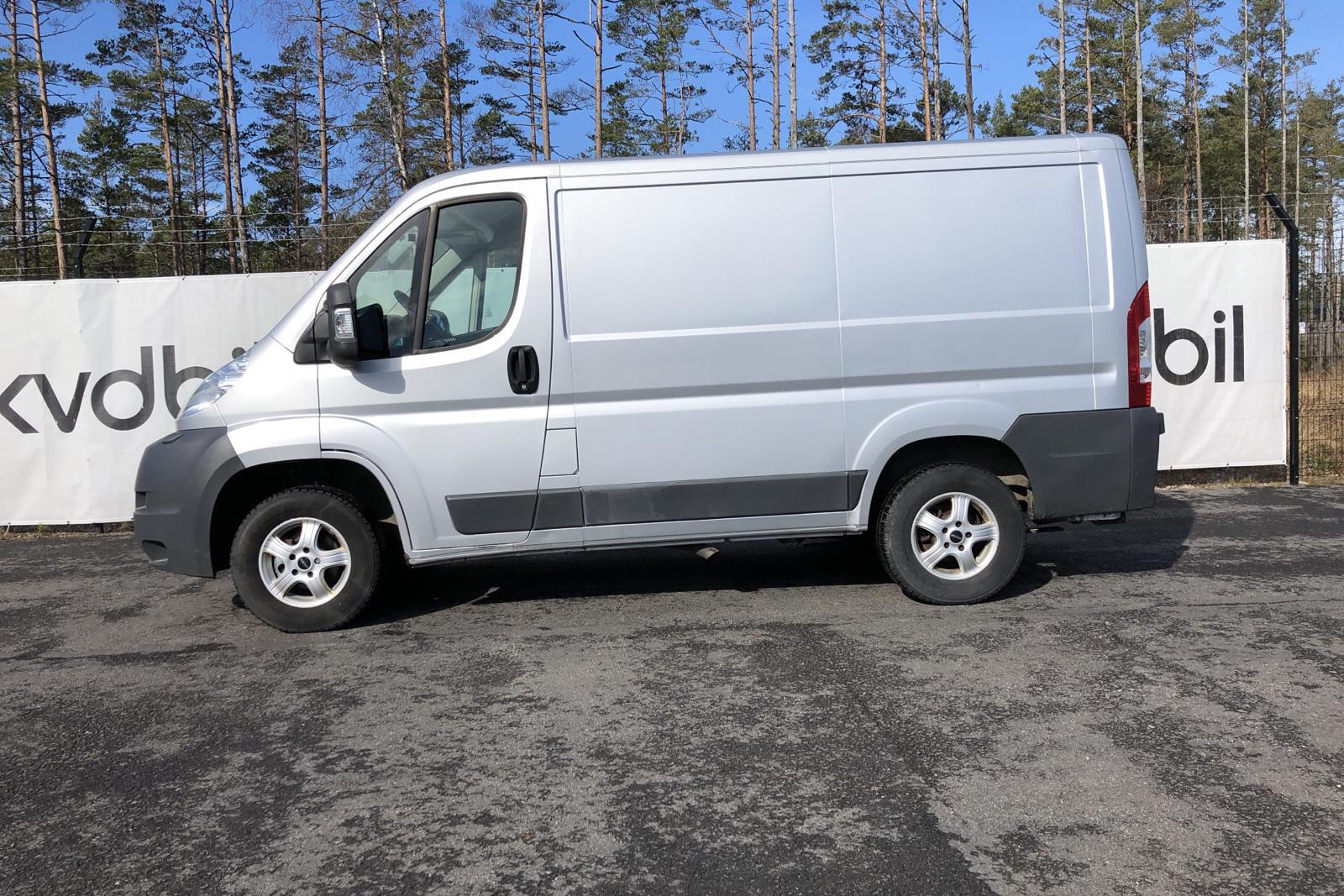 Peugeot Boxer 2.2 HDI Skåp (130hk) - 179 380 km - Manual - Light Grey - 2014