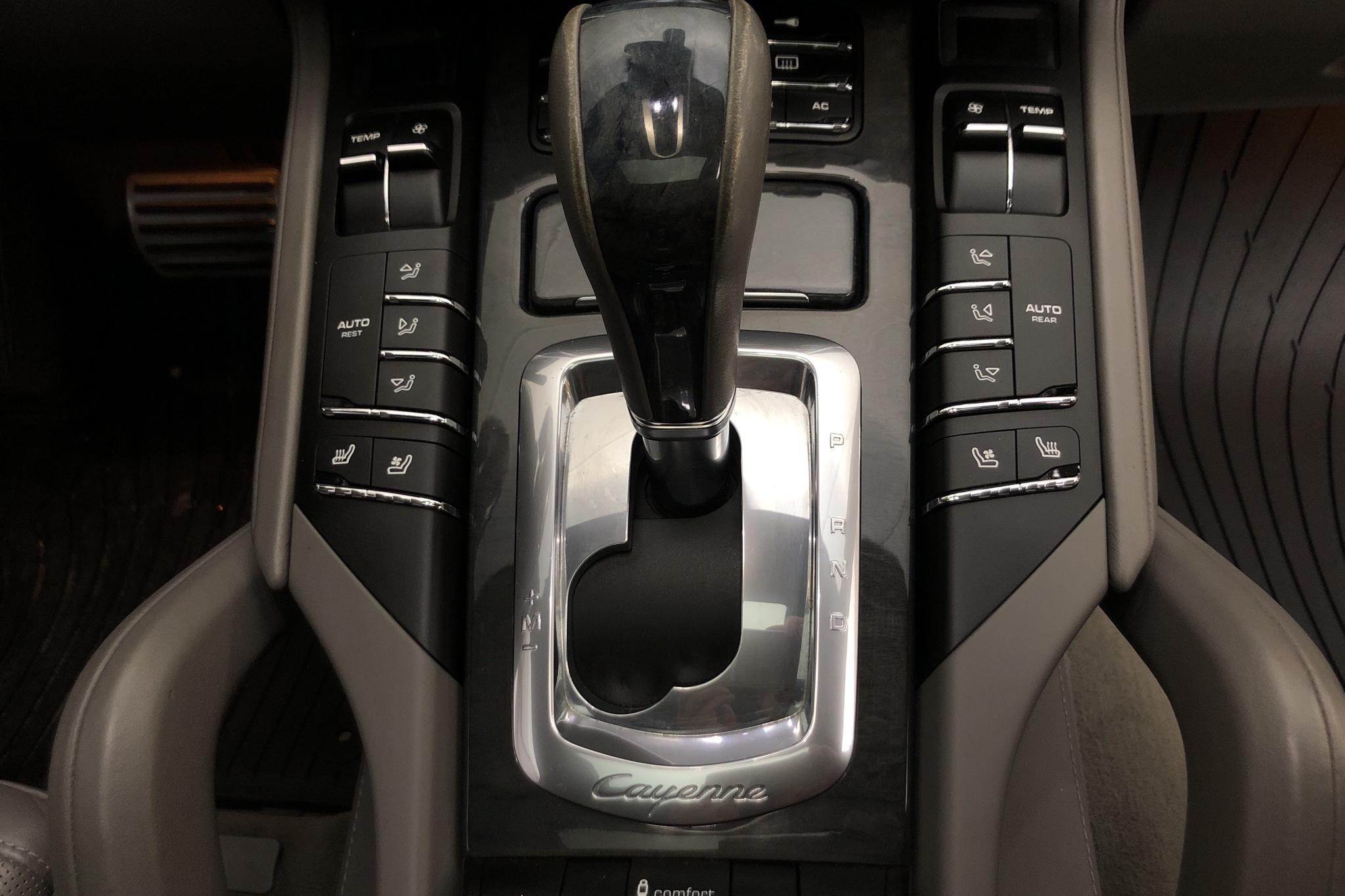 Porsche Cayenne 4.8 Turbo (500hk) - 89 030 km - Automatic - black - 2011