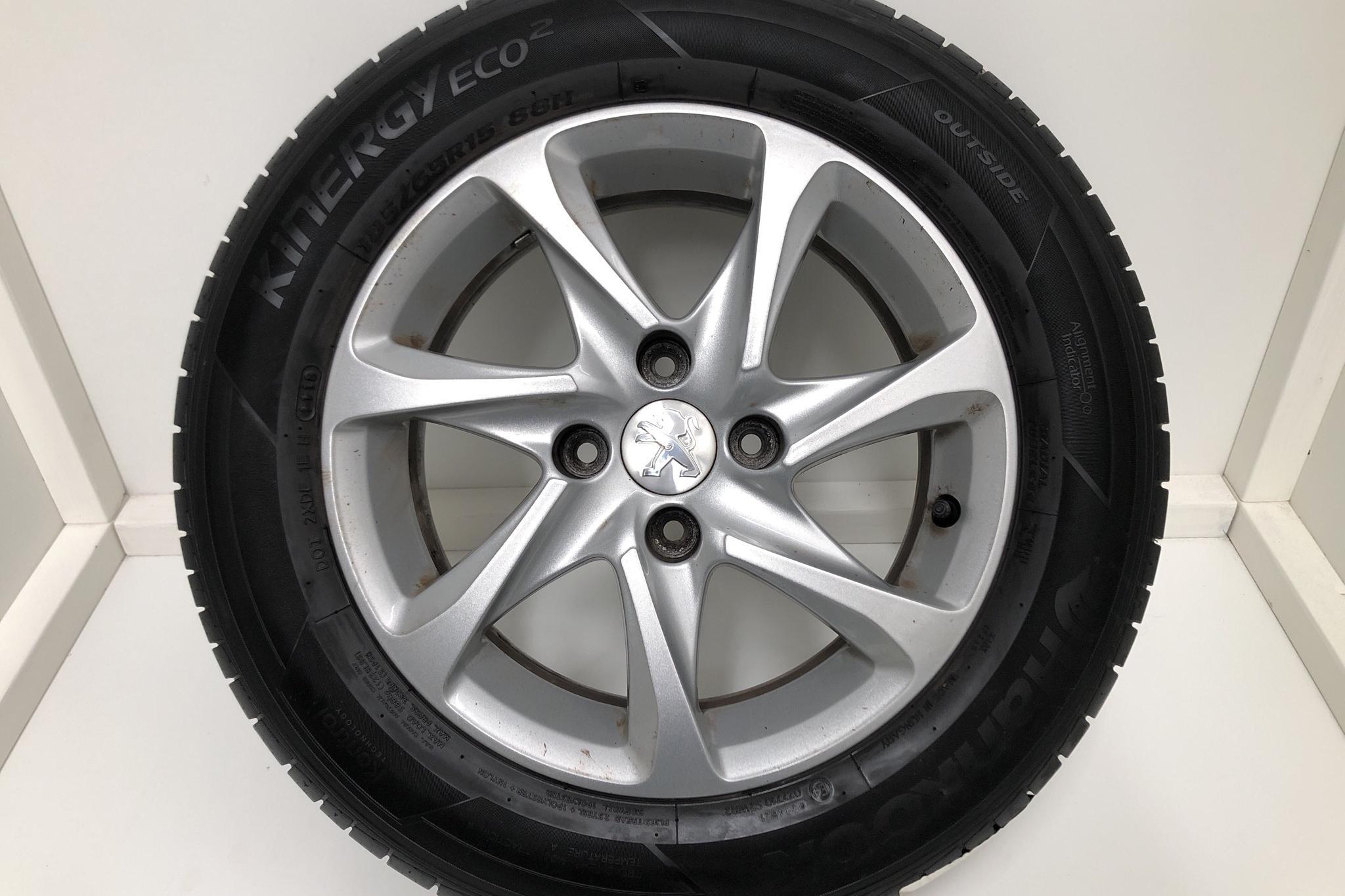 Peugeot 208 BlueHDi 5dr (100hk) - 13 358 mil - Manuell - vit - 2016