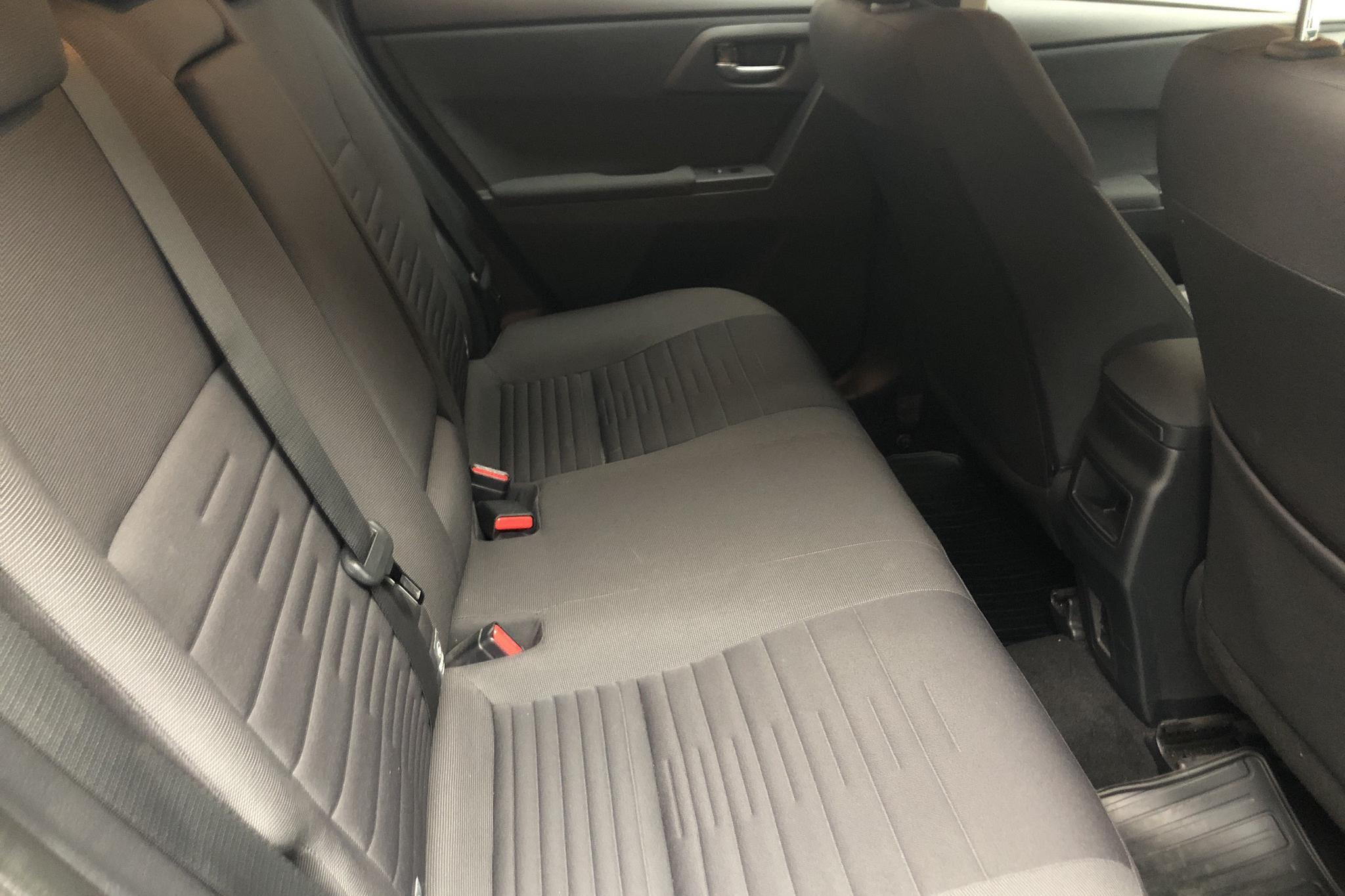 Toyota Auris 1.8 HSD 5dr (99hk) - 3 639 mil - Automat - Dark Grey - 2016