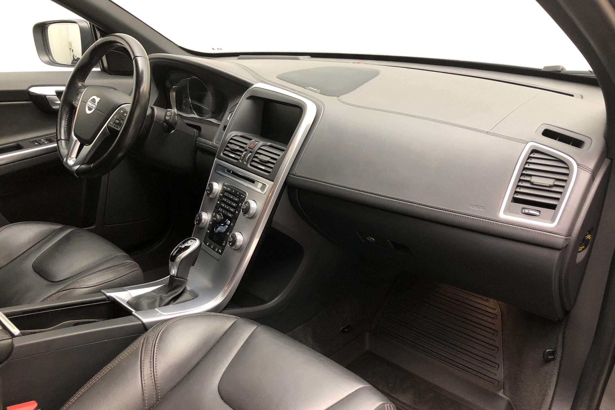 Volvo XC60 D4 AWD (190hk) - 111 790 km - Automatic - gray - 2017