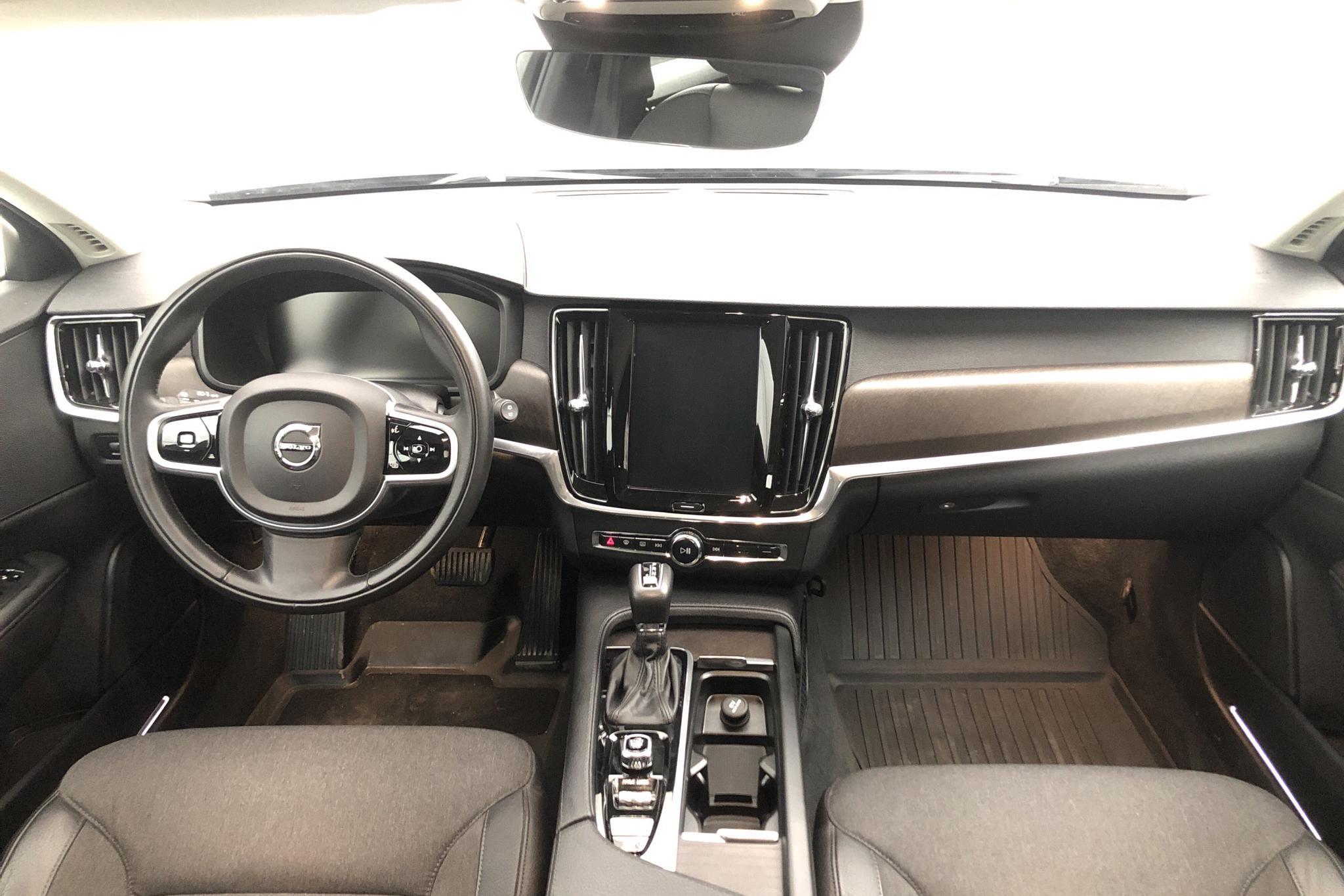 Volvo V90 D4 Cross Country AWD (190hk) - 73 200 km - Automatic - gray - 2019