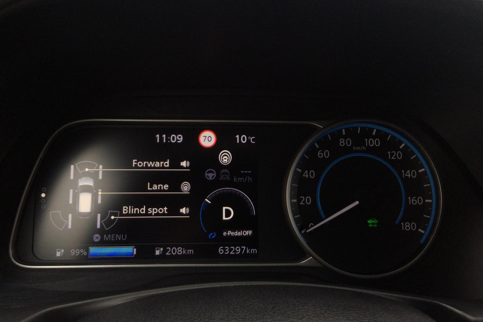 Nissan LEAF 5dr 40 kWh (150hk) - 6 329 mil - Automat - grå - 2019