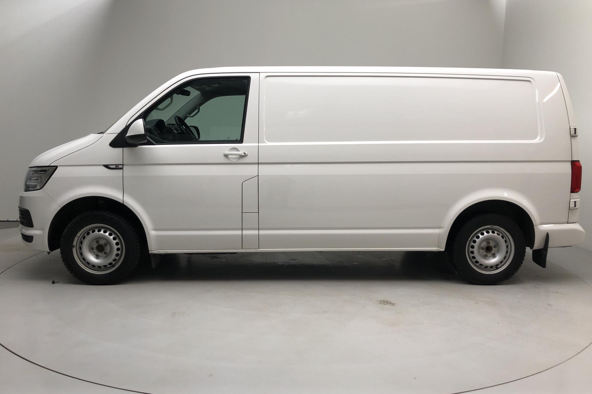 VW Transporter T6 2.0 TDI BMT Skåp (150hk) - 84 350 km - Automatic - white - 2017
