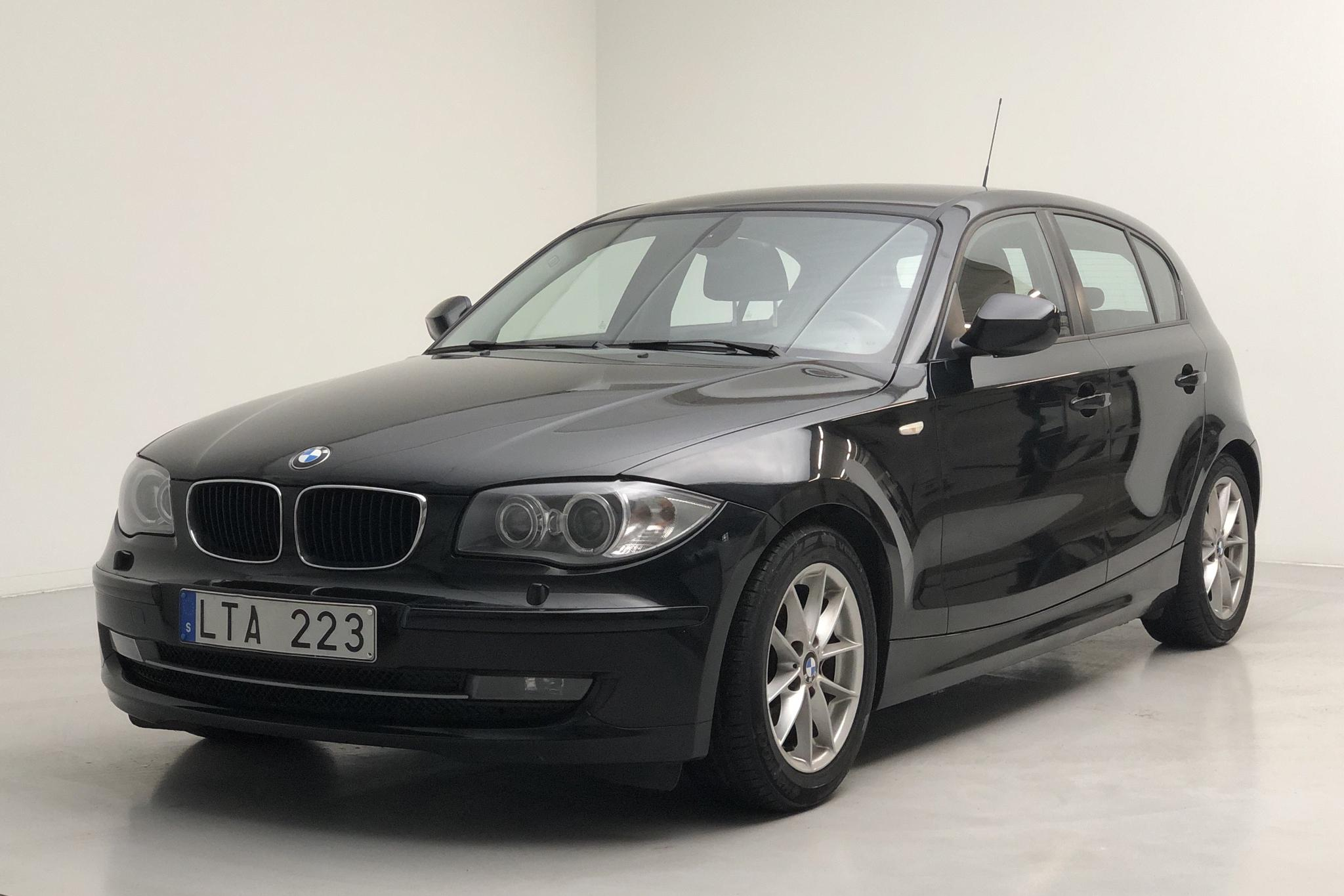 BMW 118d 5dr, E87 (143hk) - 14 173 mil - Manuell - svart - 2011