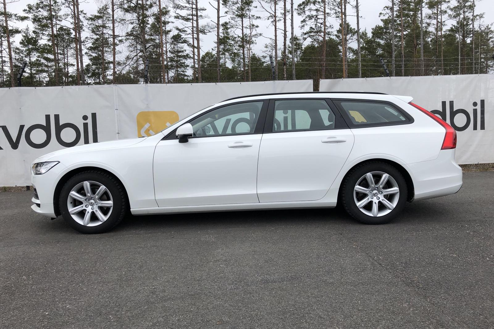 Volvo V90 D4 (190hk) - 124 360 km - Manual - white - 2018