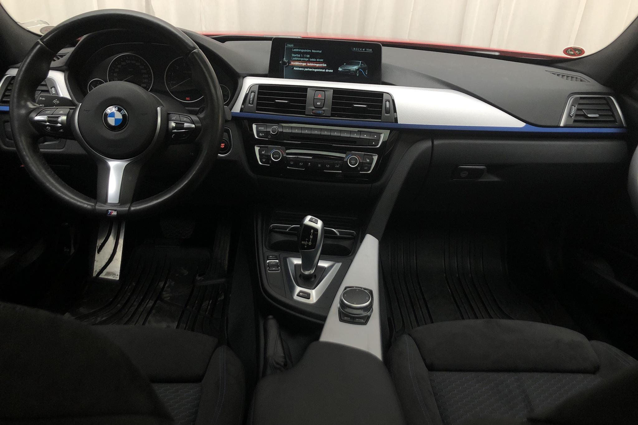 BMW 330e Sedan, F30 (252hk) - 60 850 km - Automatic - red - 2017