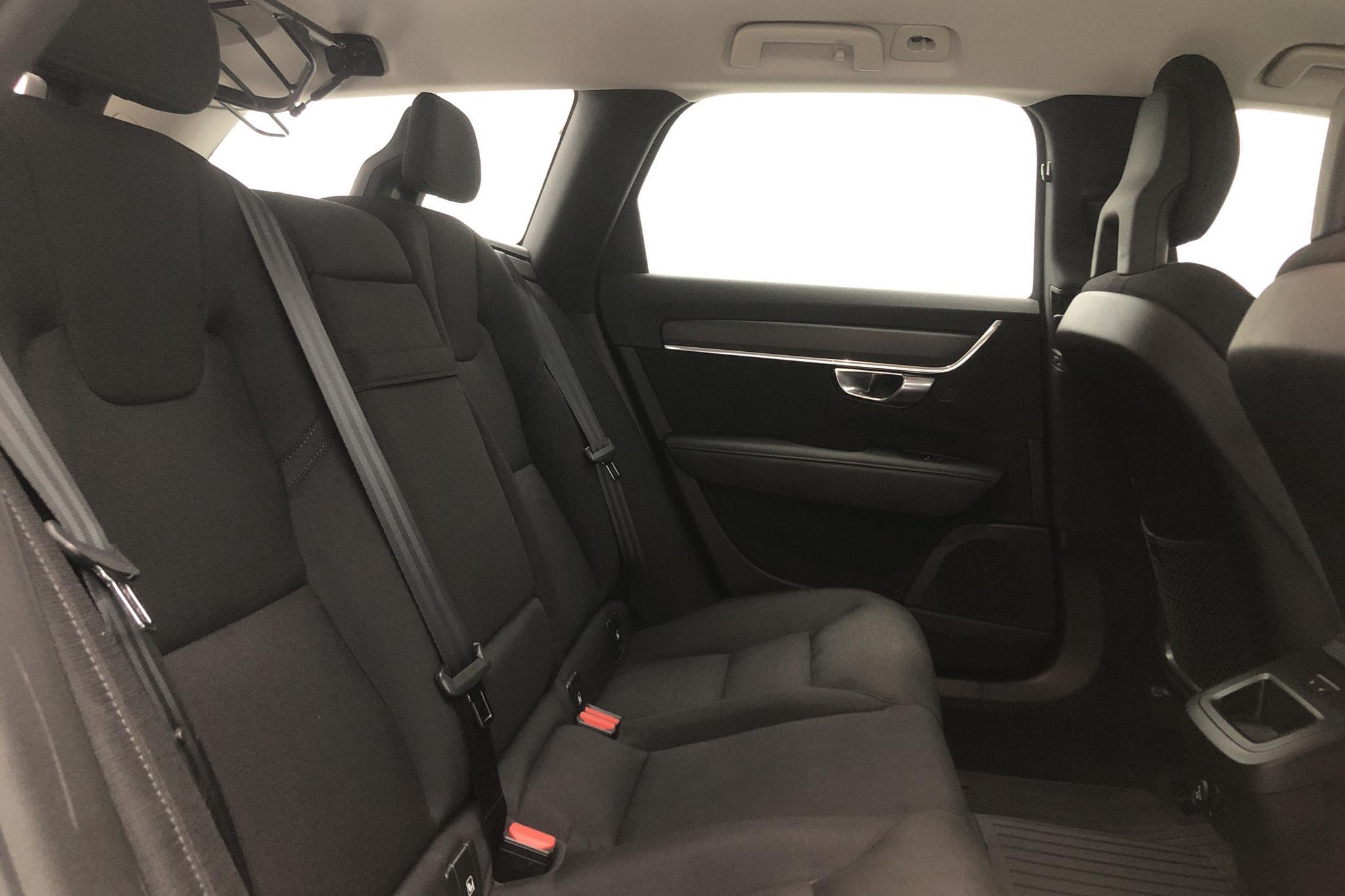 Volvo V90 D3 (150hk) - 148 020 km - Manual - black - 2018