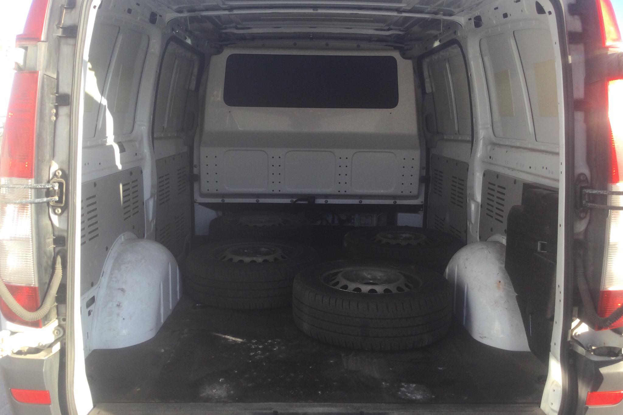 Mercedes Vito 116 CDI W639 (163hk) - 37 075 mil - Automat - vit - 2012