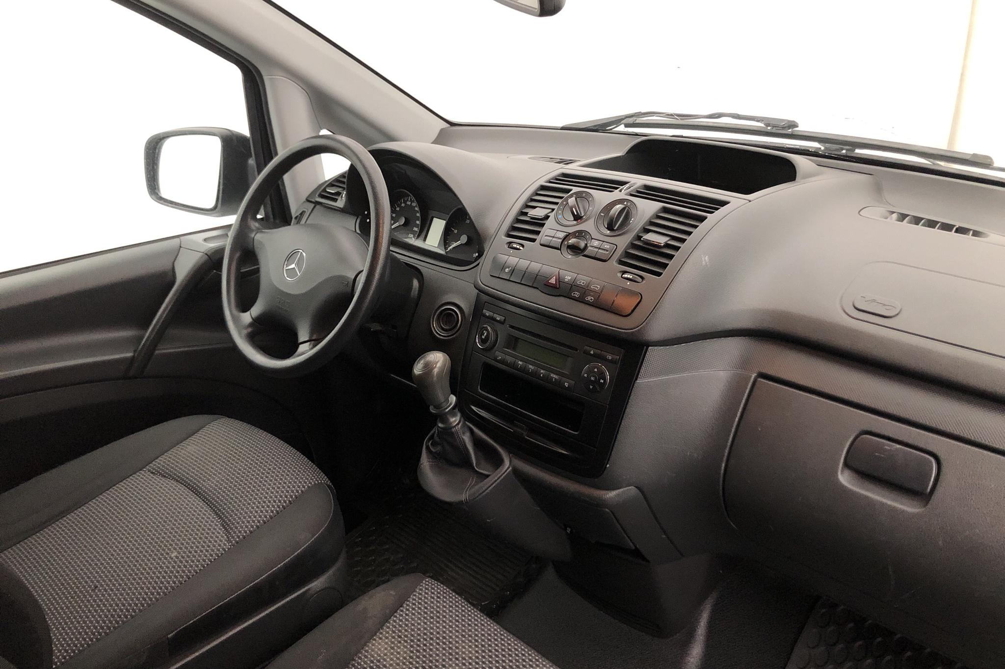 Mercedes Vito 110 CDI W639 (95hk) - 165 090 km - Manual - white - 2015