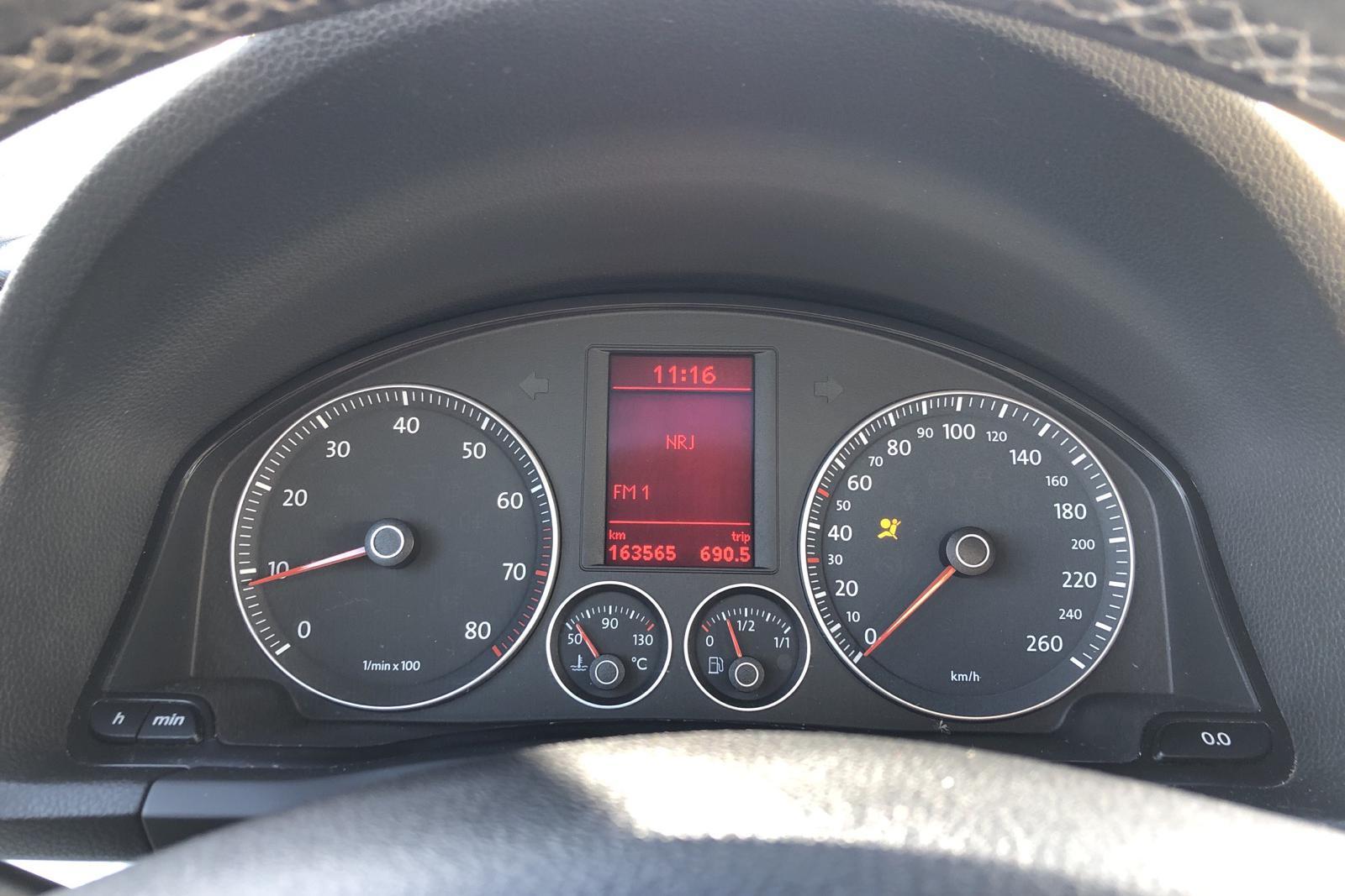 VW Eos 2.0 TFSI Cabriolet (200hk) - 163 560 km - Manual - black - 2006