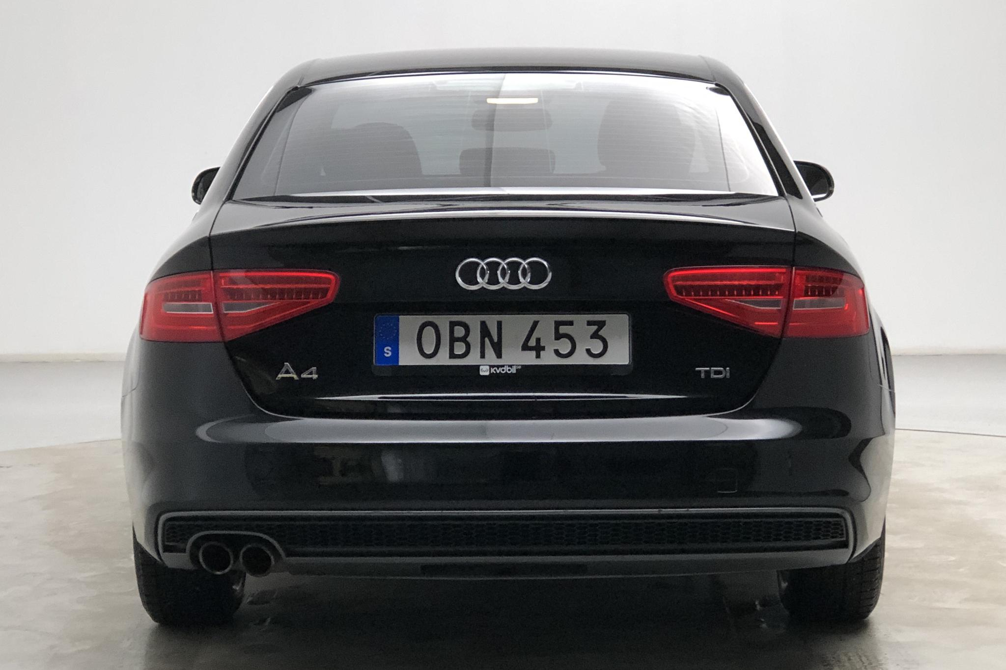 Audi A4 2.0 TDI (177hk) - 133 590 km - Manual - black - 2014