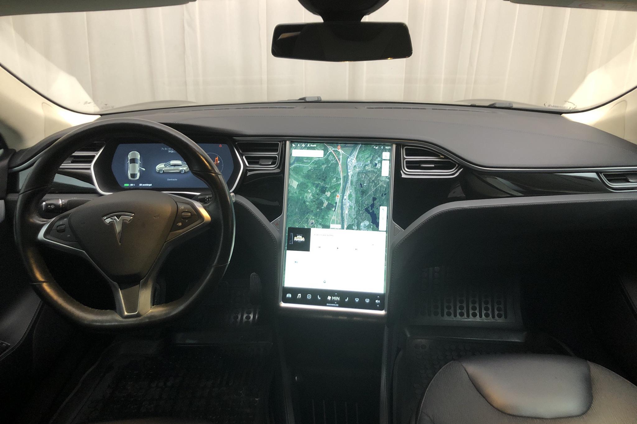 Tesla Model S 70D (334hk) - 18 249 mil - Automat - grå - 2015