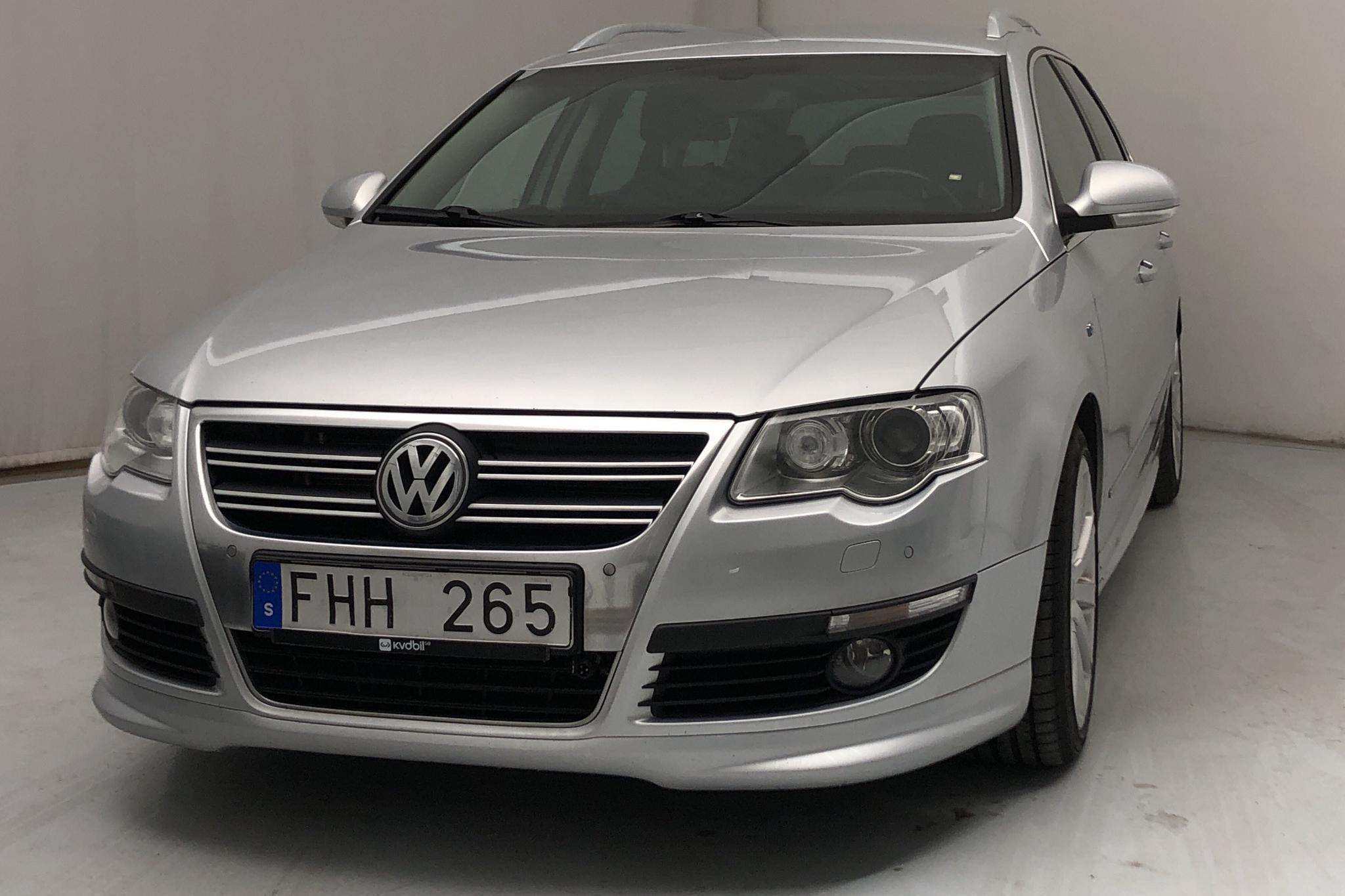 VW Passat 2.0 TDI 4-Motion Variant (170hk) - 13 784 mil - Automat - silver - 2010