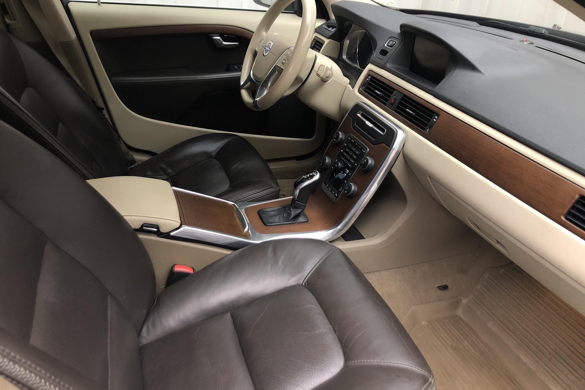 Volvo XC70 II D4 AWD (163hk) - 12 433 mil - Automat - brun - 2014