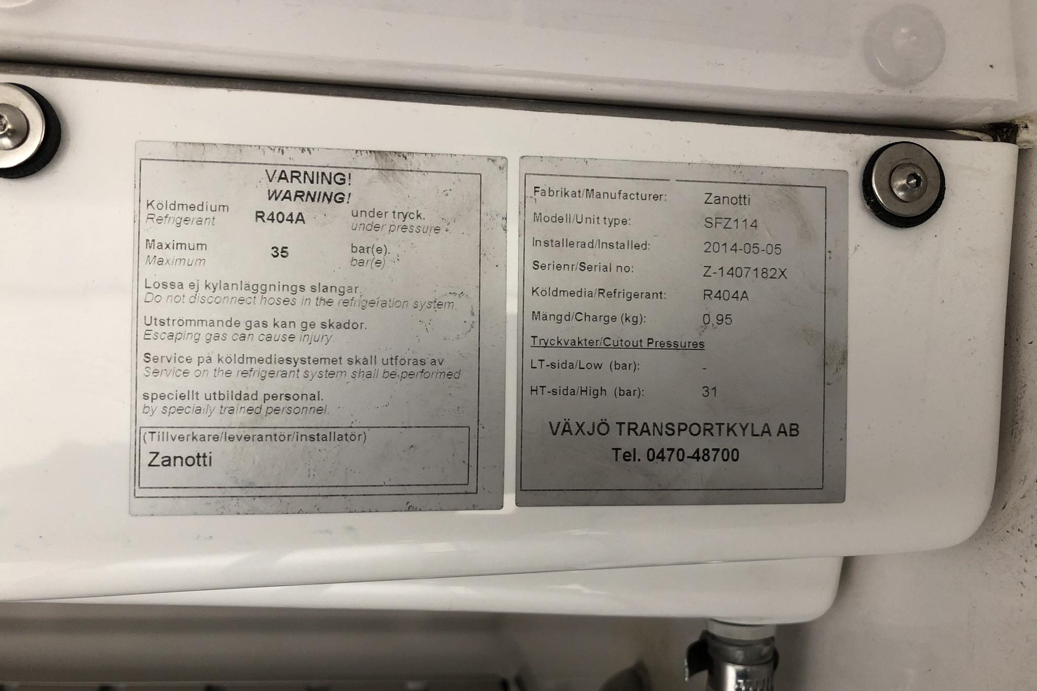 VW Transporter T5 2.0 TDI (140hk) - 80 860 km - Manual - white - 2014