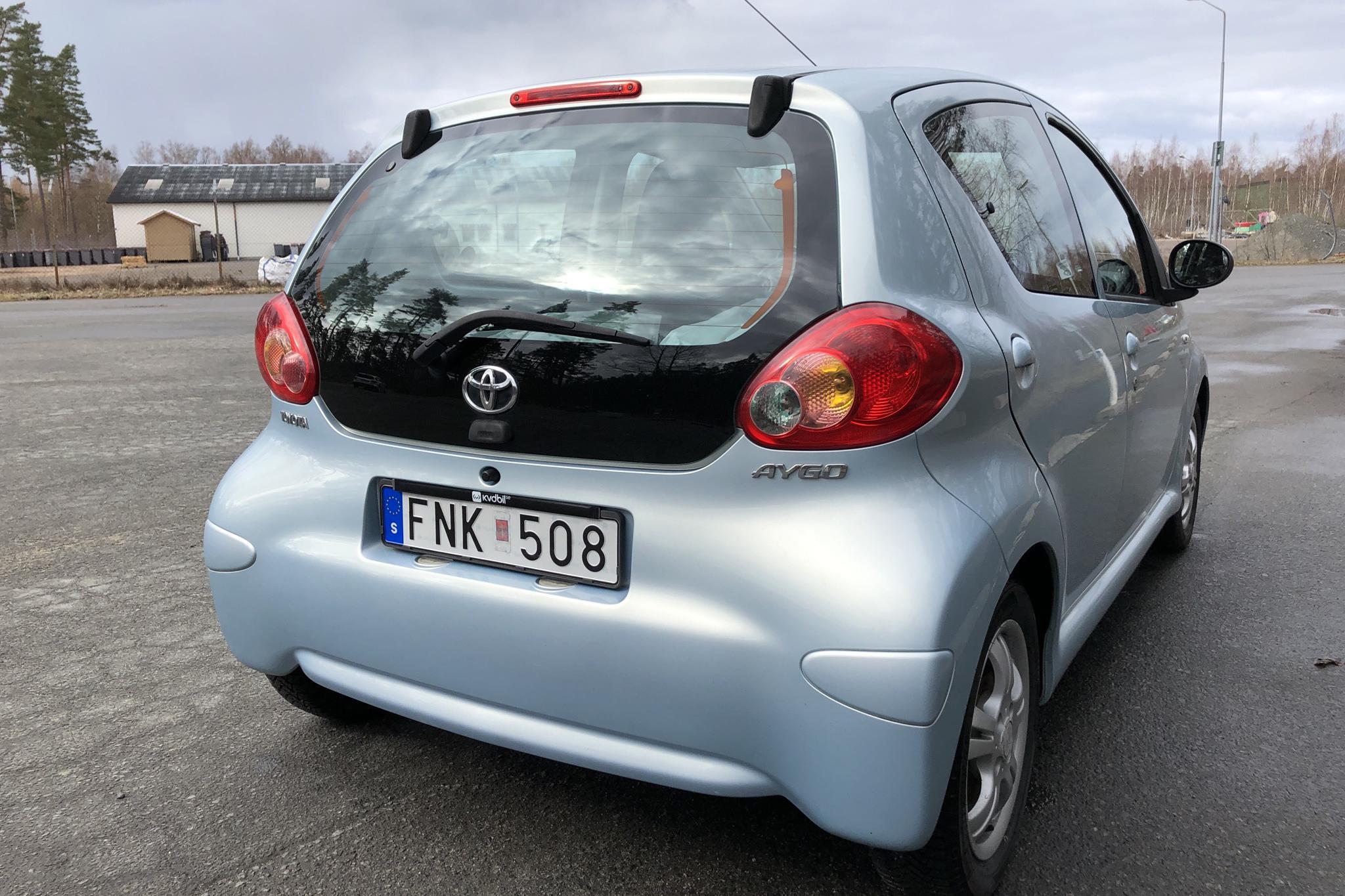 Toyota Aygo 1.0 VVT-i 5dr (68hk) - 7 922 mil - Manuell - Light Blue - 2008