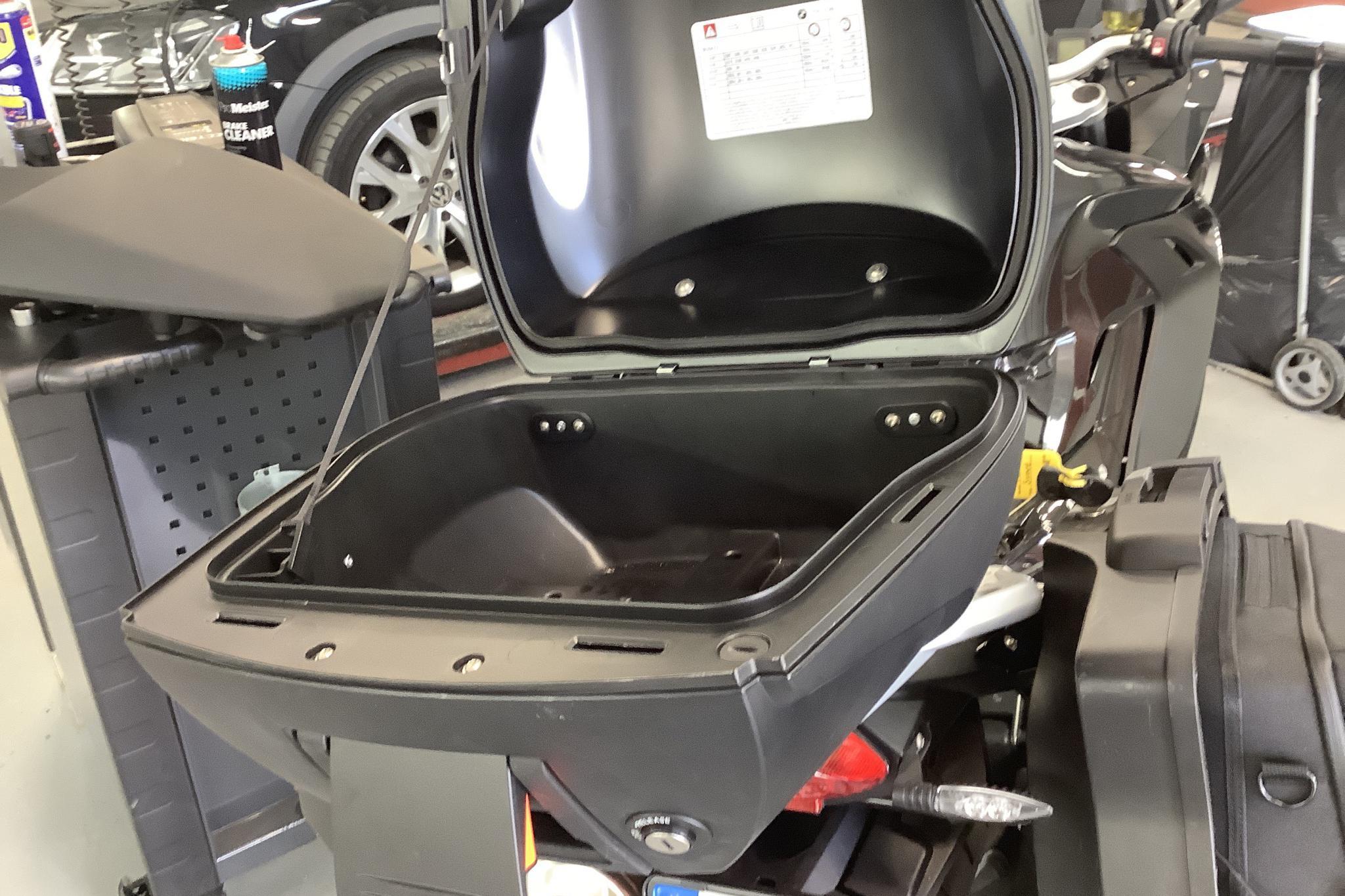BMW F 800 GT Motorcykel - 6 500 km - Manual - Dark Grey - 2014