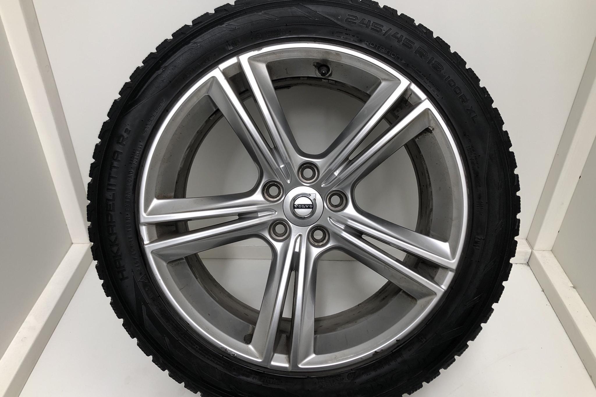 Volvo V90 D5 AWD (235hk) - 6 029 mil - Automat - svart - 2017