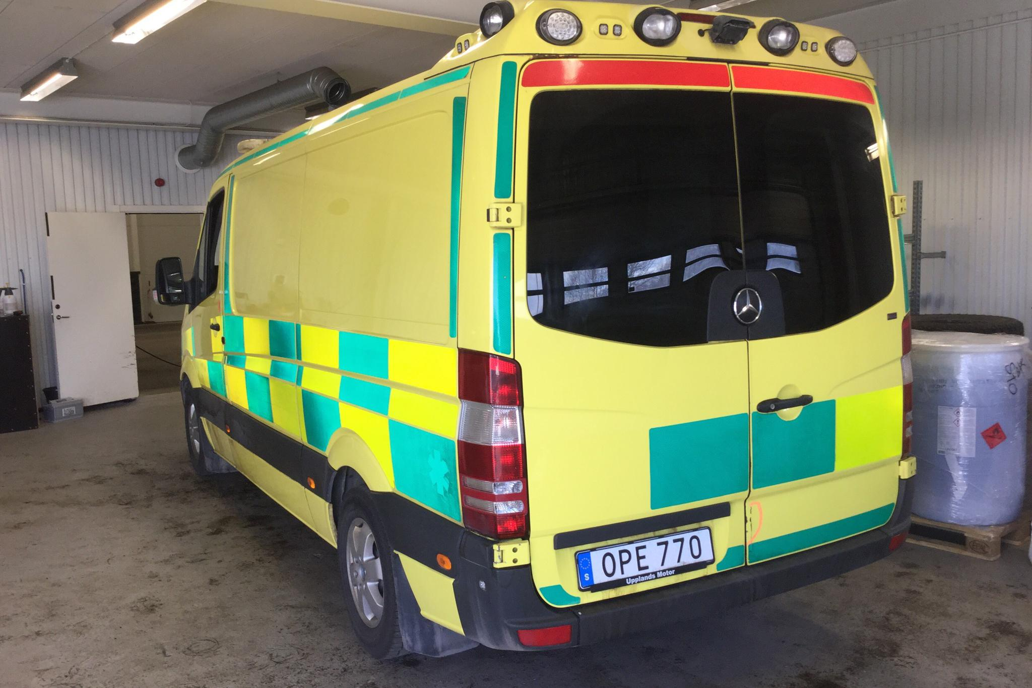 Mercedes Sprinter Ambulans 316 CDI (163hk) - 545 410 km - Automatic - yellow - 2014