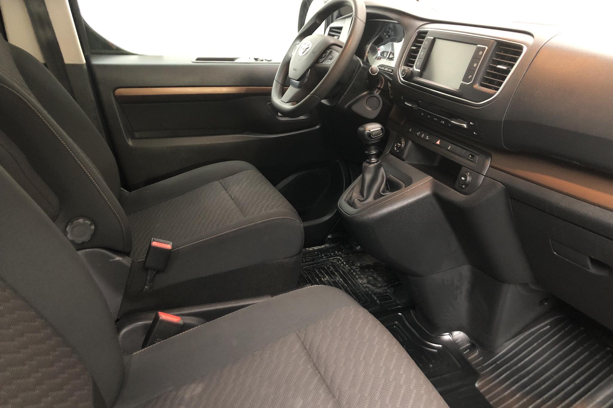 Toyota PROACE Verso 2.0D (150hk) - 63 150 km - Manual - black - 2018