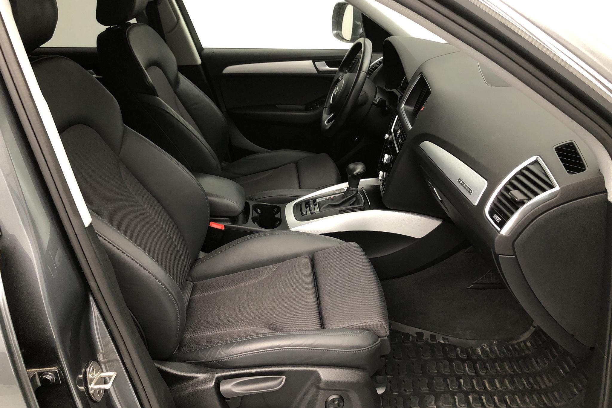 Audi Q5 2.0 TDI clean diesel quattro (190hk) - 66 320 km - Automatic - gray - 2015