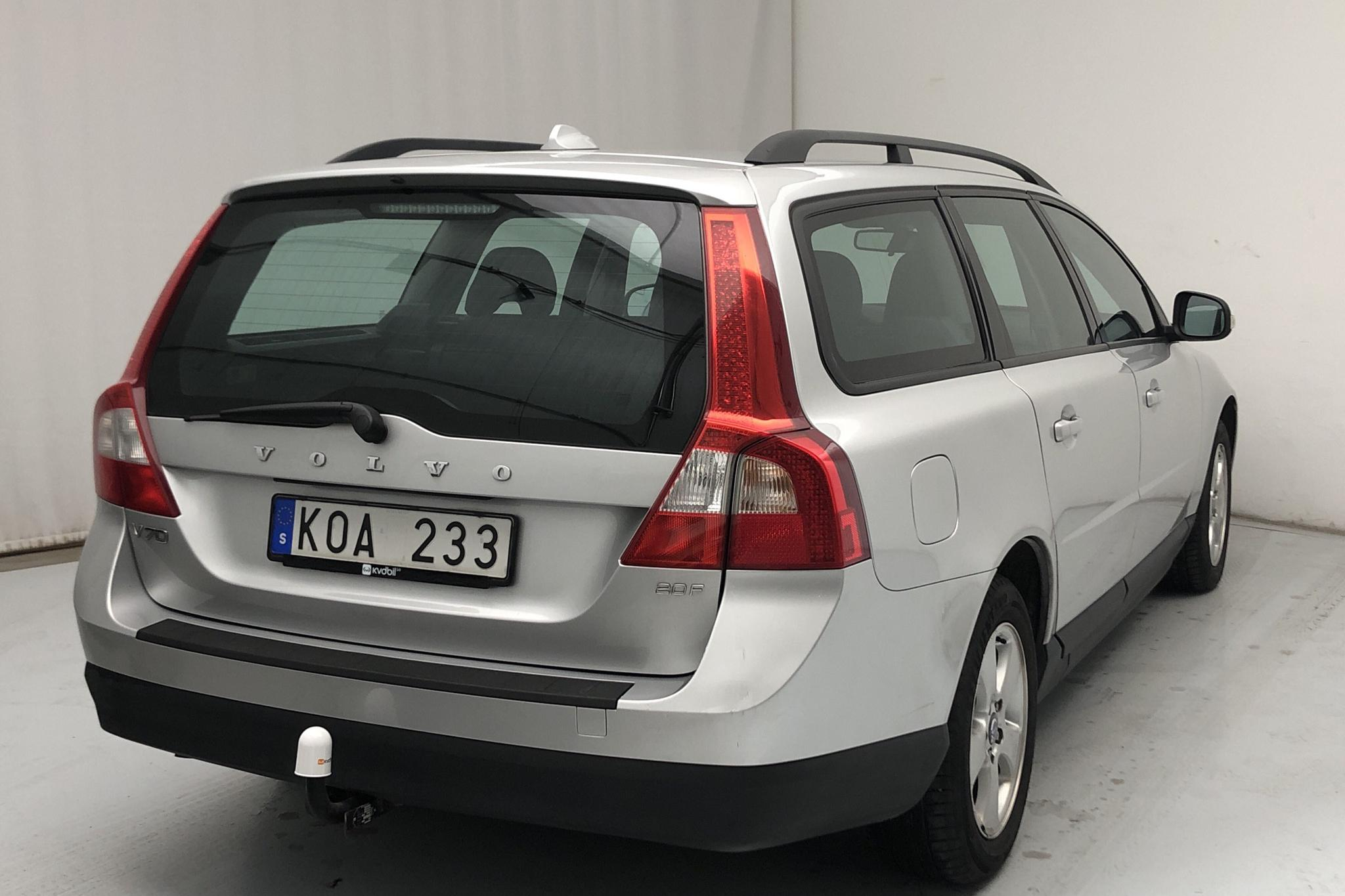 Volvo V70 II 2.0F (145hk) - 14 108 mil - Manuell - Light Grey - 2010