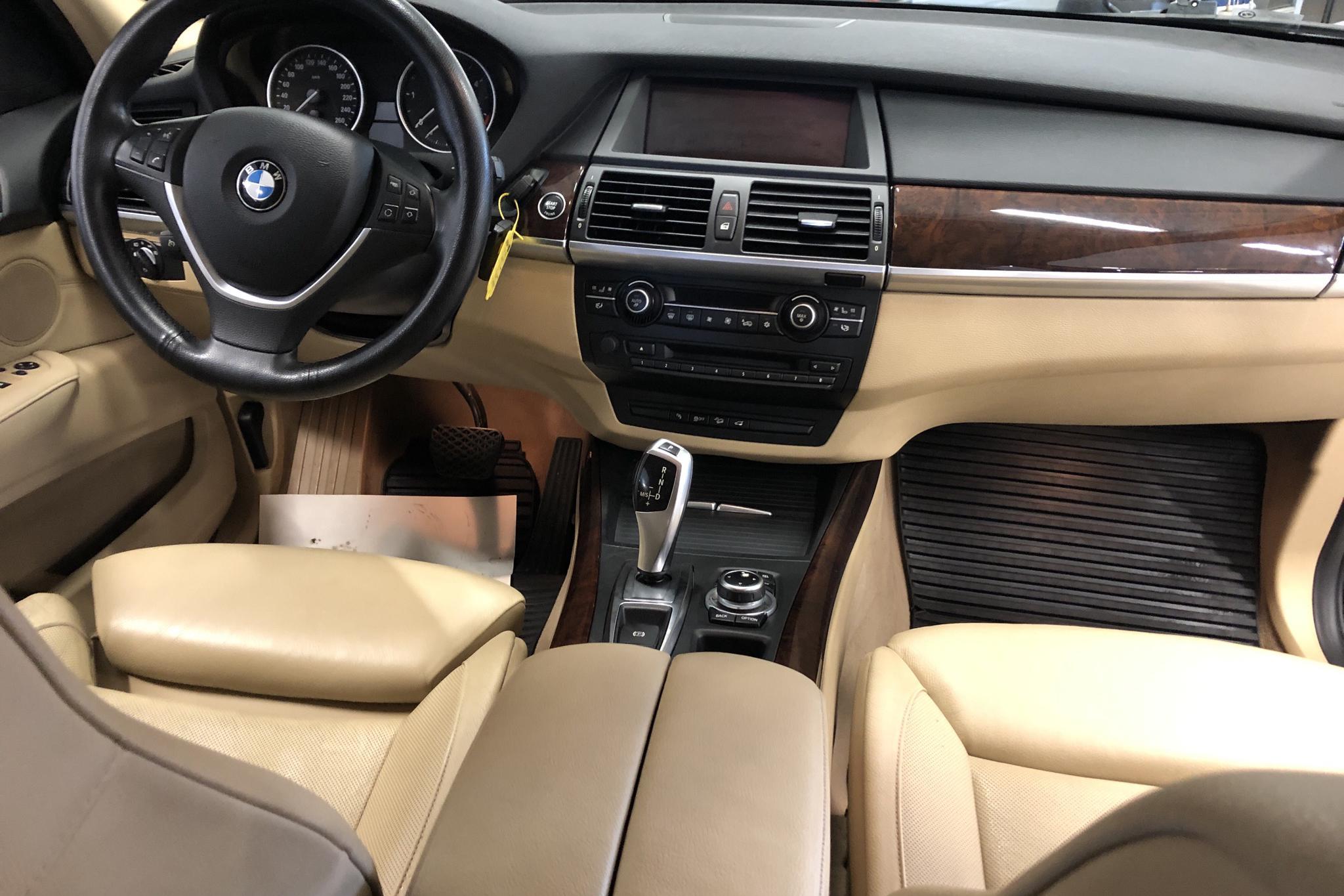 BMW X5 xDrive40d, E70 (306hk) - 25 626 mil - Automat - svart - 2011