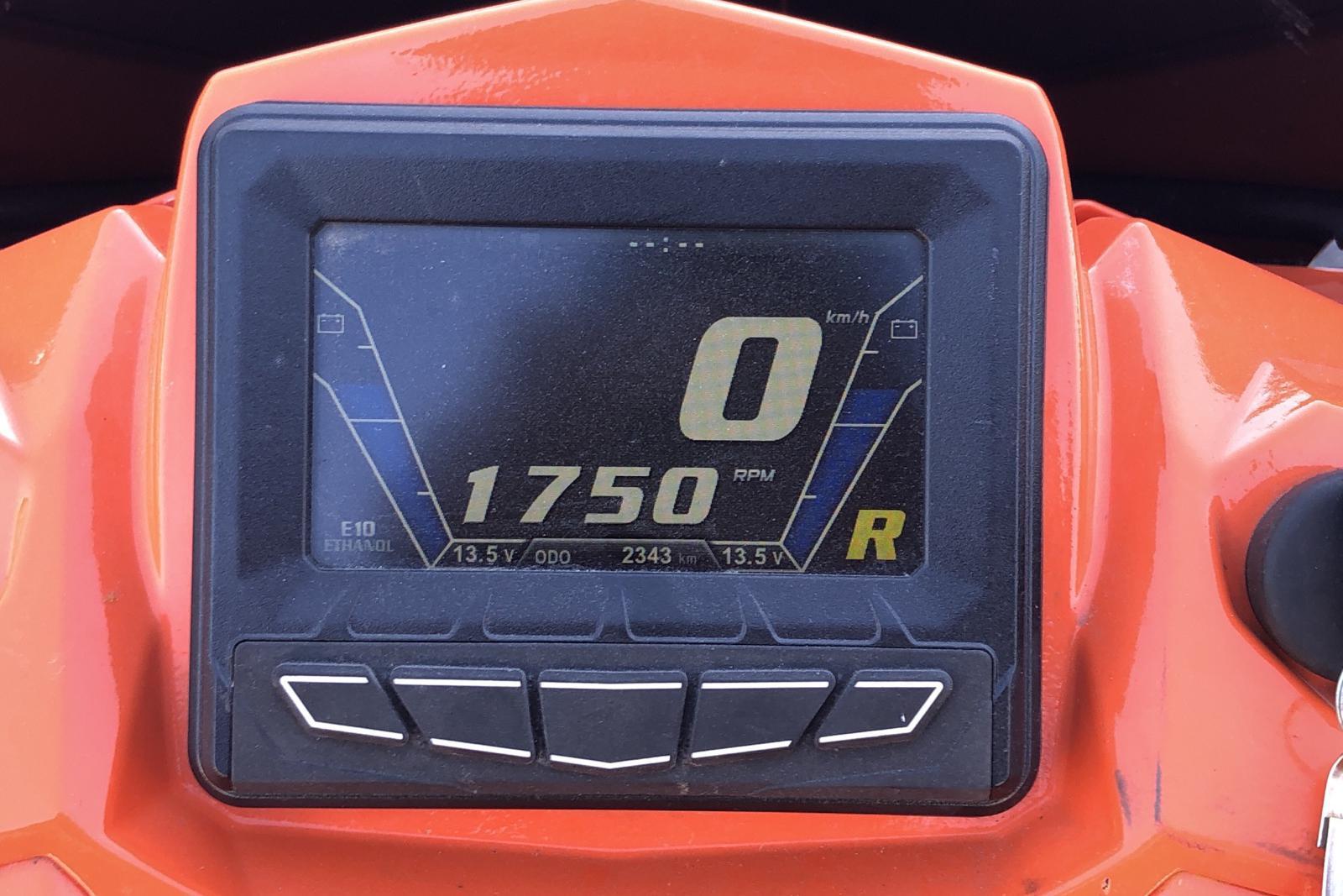 POLARIS 800 PRO RMK 155 Snöskoter - 234 mil - Automat - orange - 2018